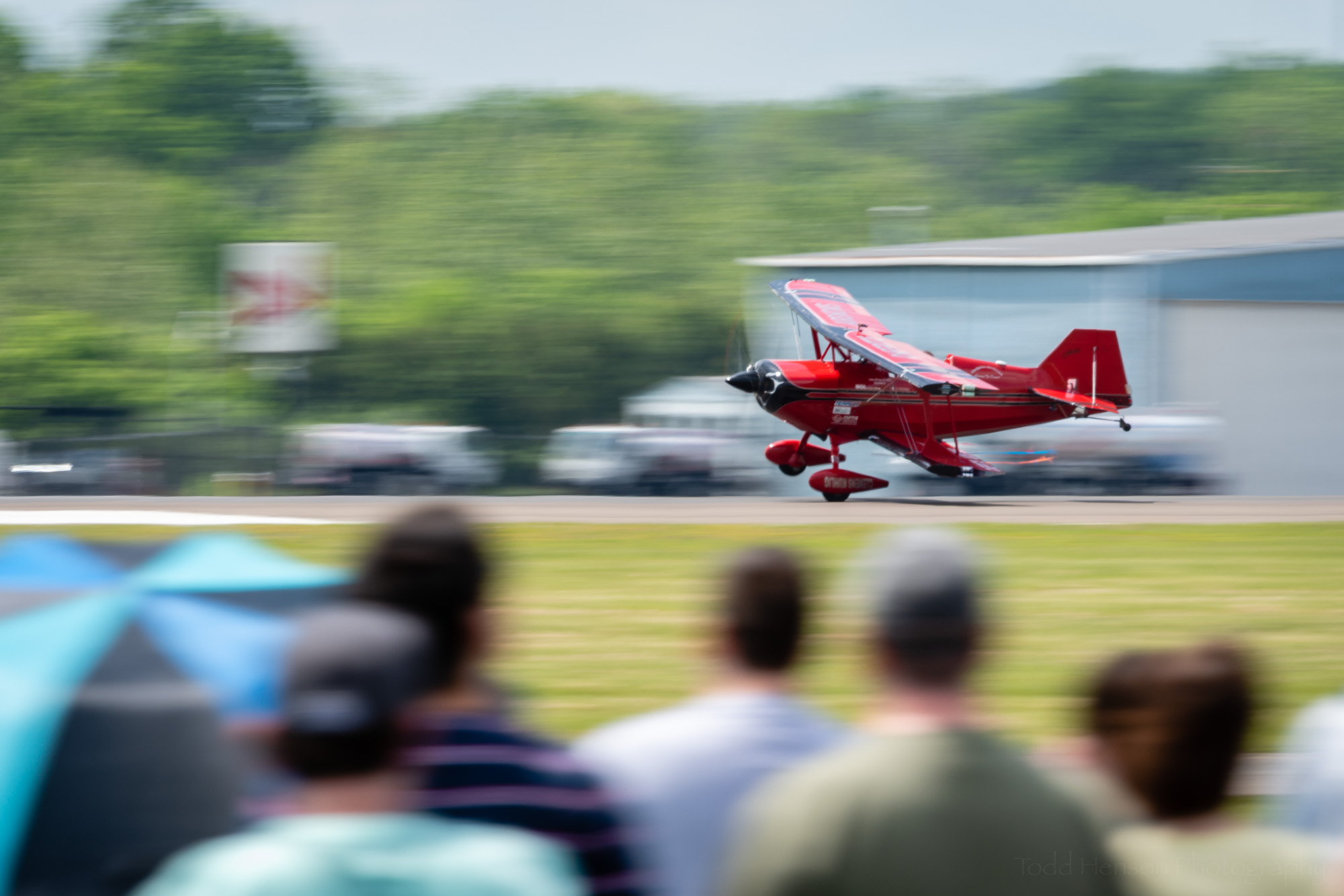 Cheff Pitts taking his Pitts S1S down for a 1-wheeled landing.