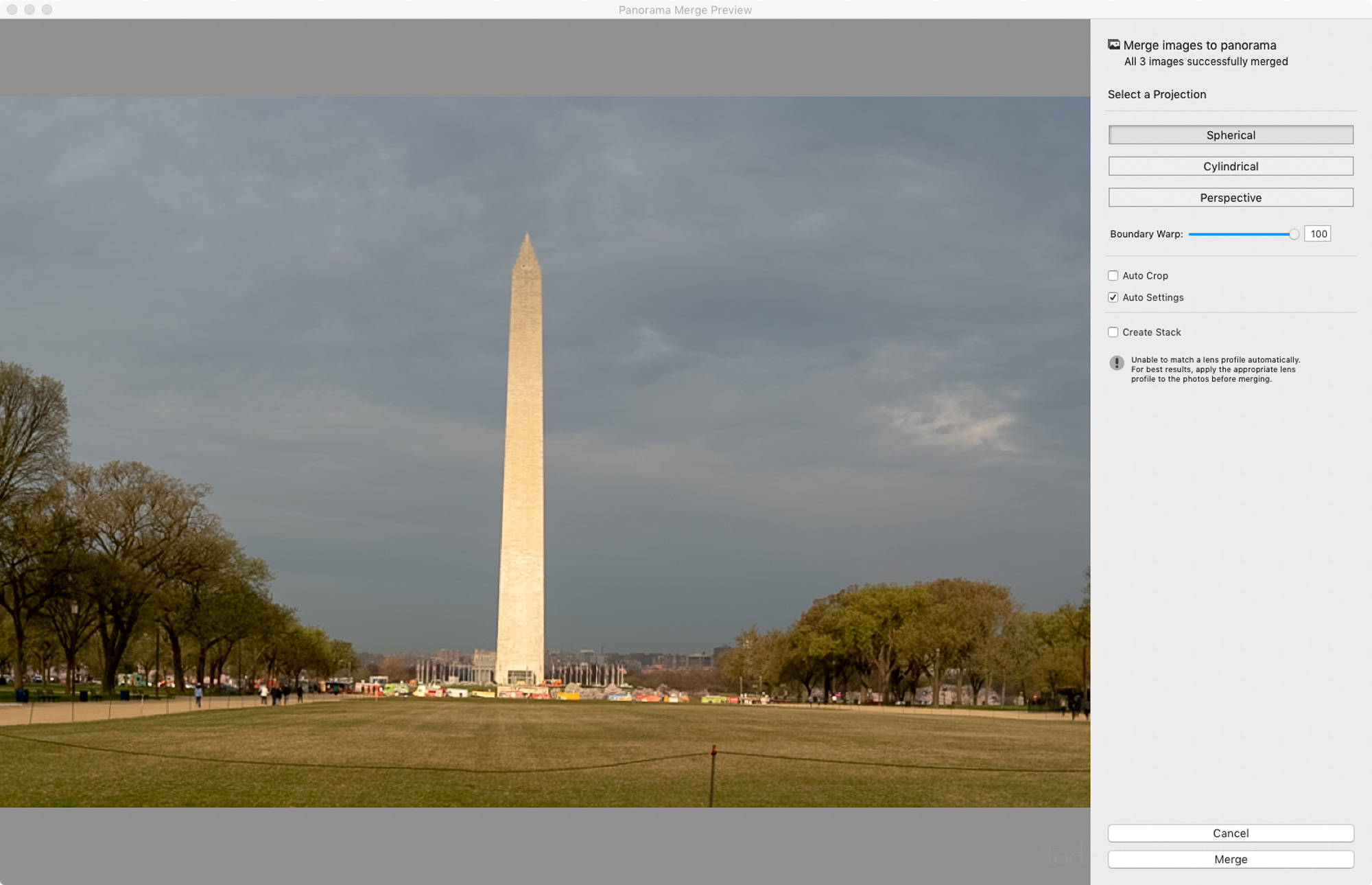 Lightroom's Boundary Warp control set to the full amount.