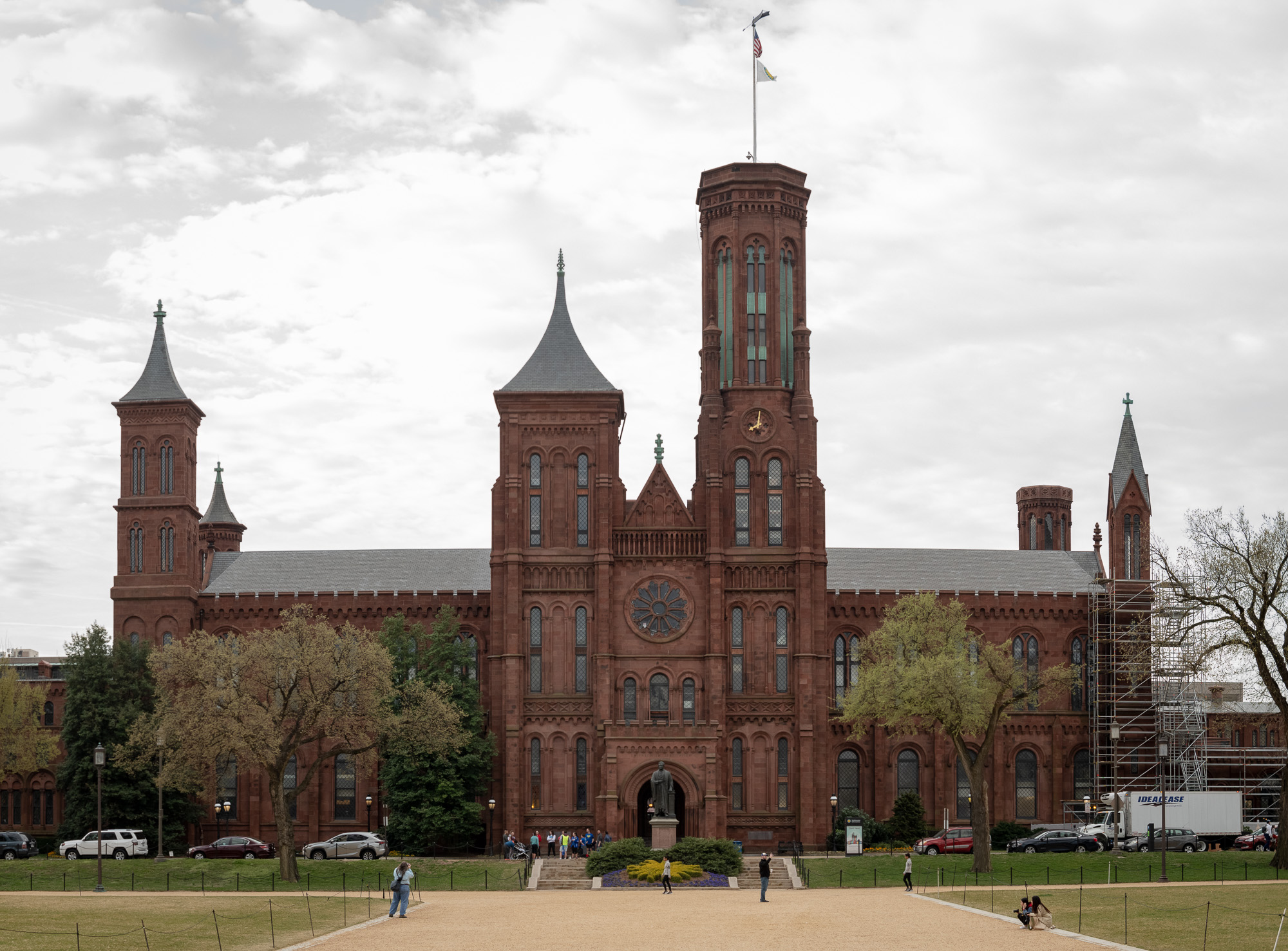 6 Image multi-level stitched panorama of the Smithsonian Castle.