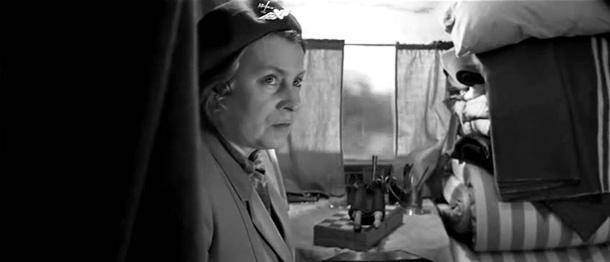 Still from movie Печки-Лавочки
