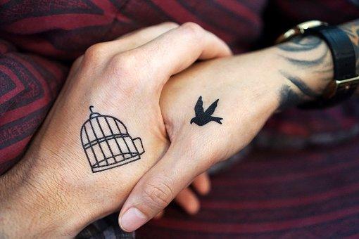 tattoo-2894318__340.jpg