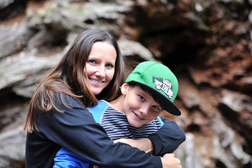 mother-and-son-2404328__340.jpg