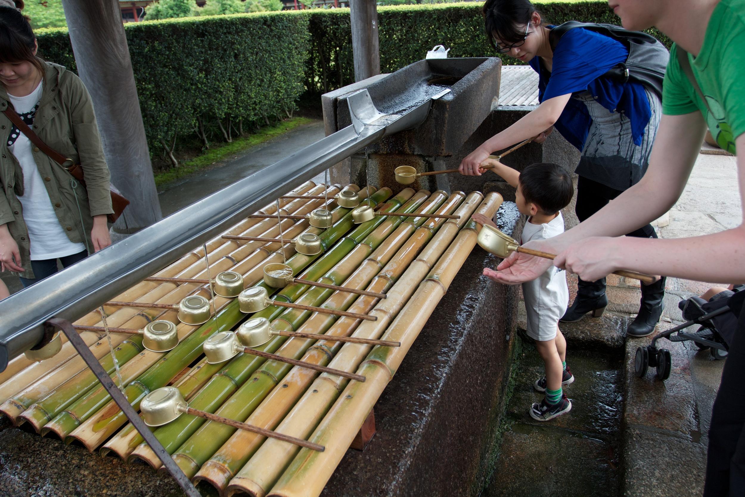 Nara Shrine (1).jpg