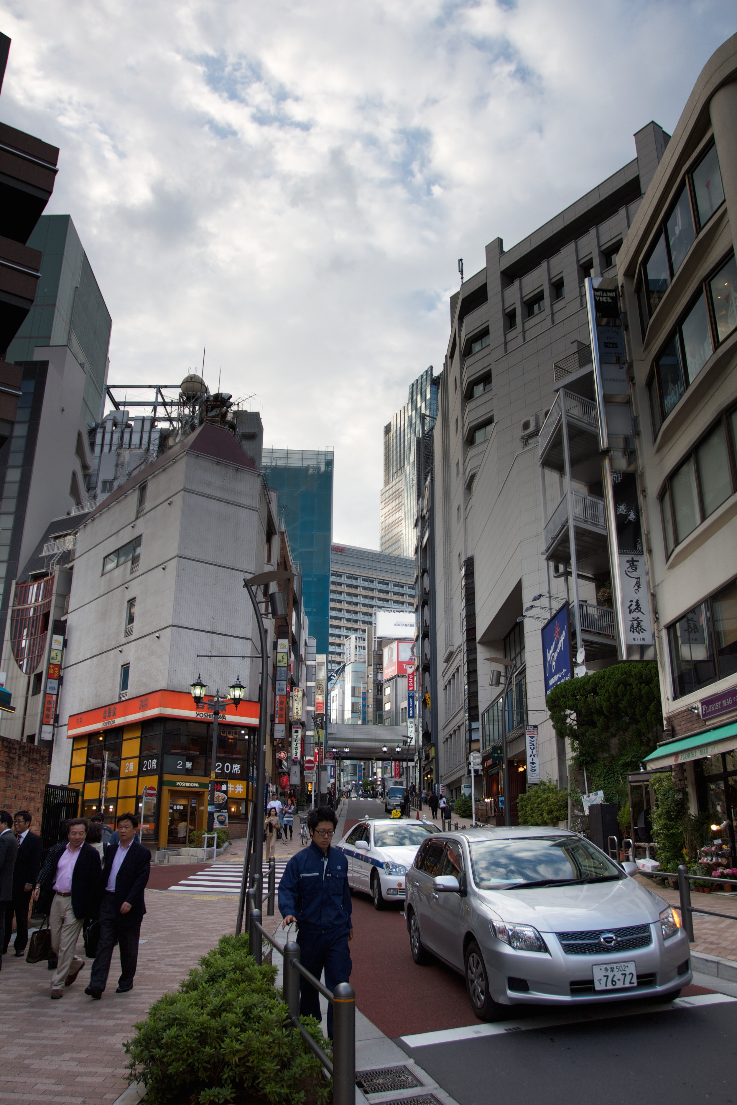 Ropongi, Tokyo.jpg