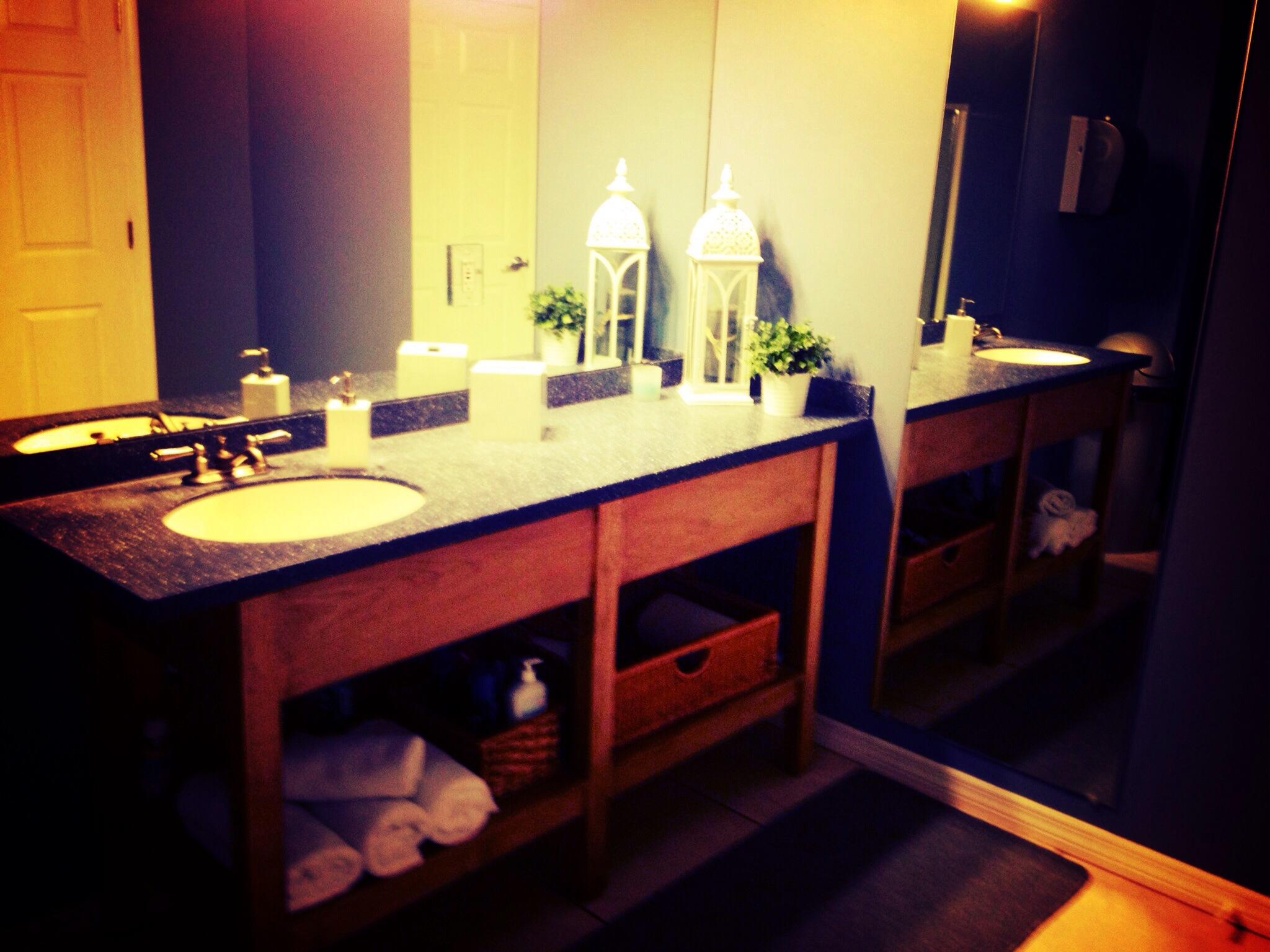 Restrooms/Shower