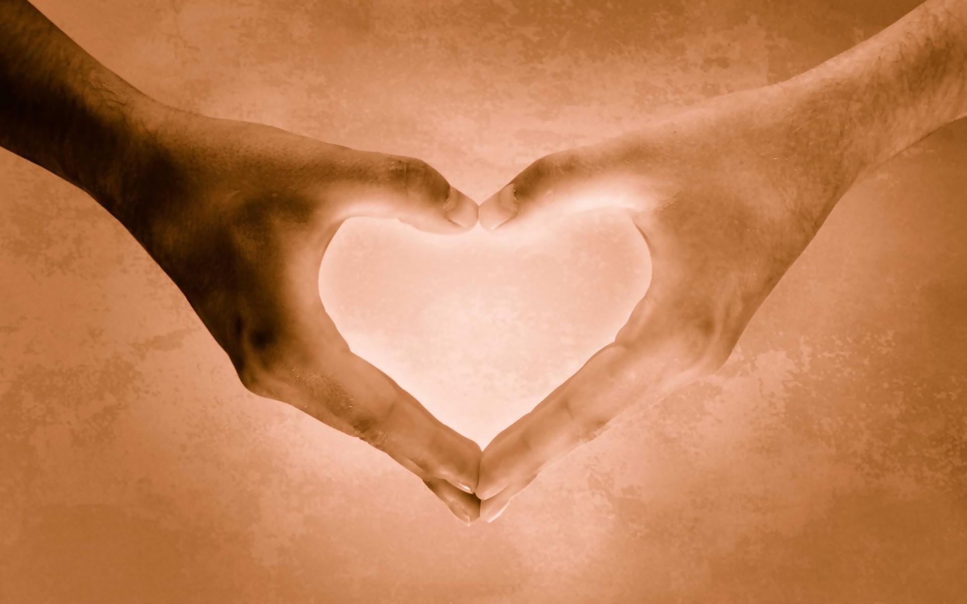 heart_hand_love_hd.jpg