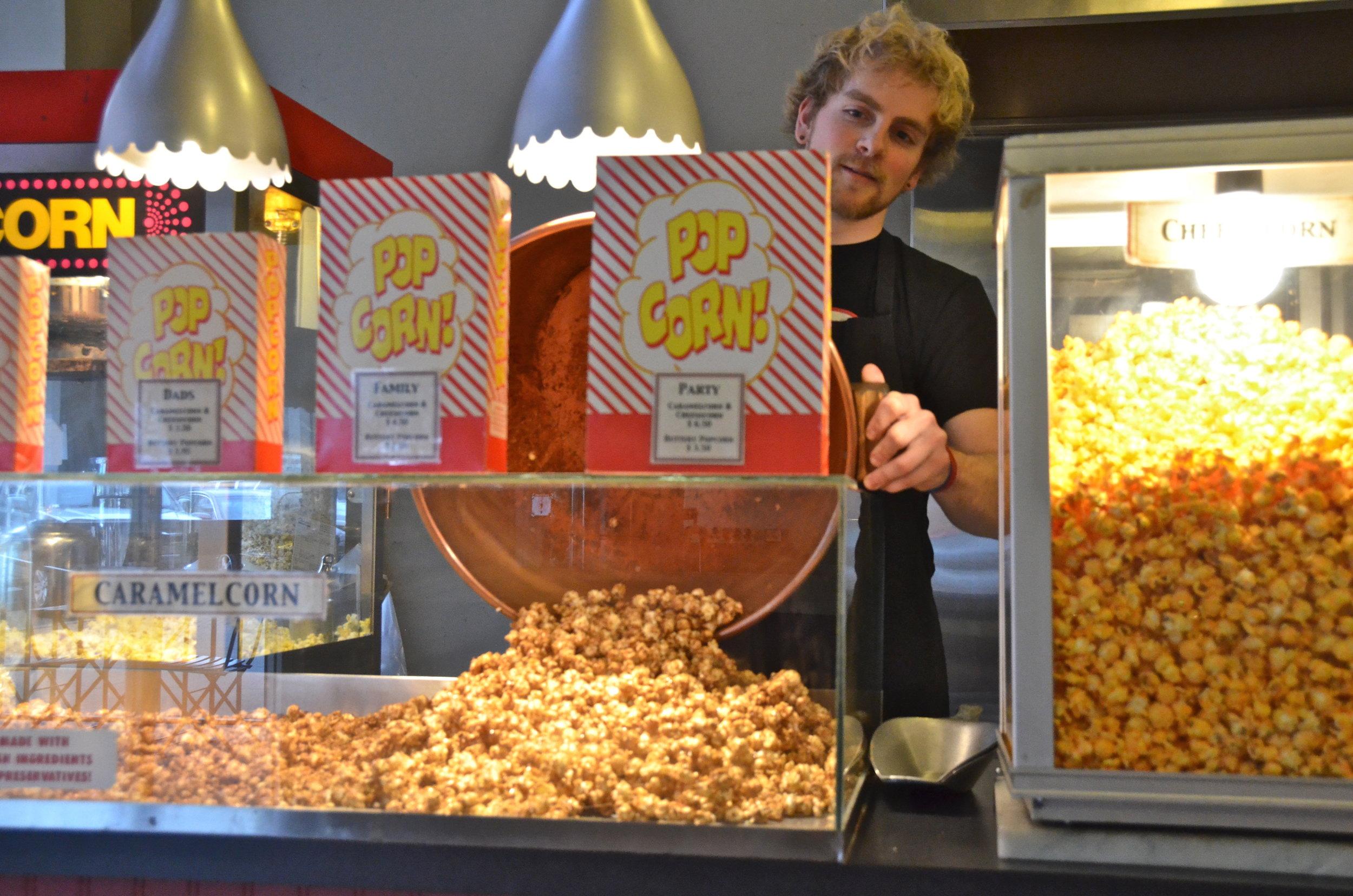 Popcorn, caramel & cheesecorn