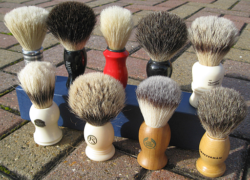 Budget-shaving-brushes-1.jpg