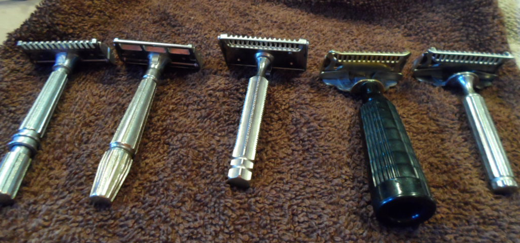 SE Razors:   MicroMatic OC,   MicroMatic Bullseye Closed Comb,   EverReady 1924 Shovel Head, Gem Junior,   Gem 1912