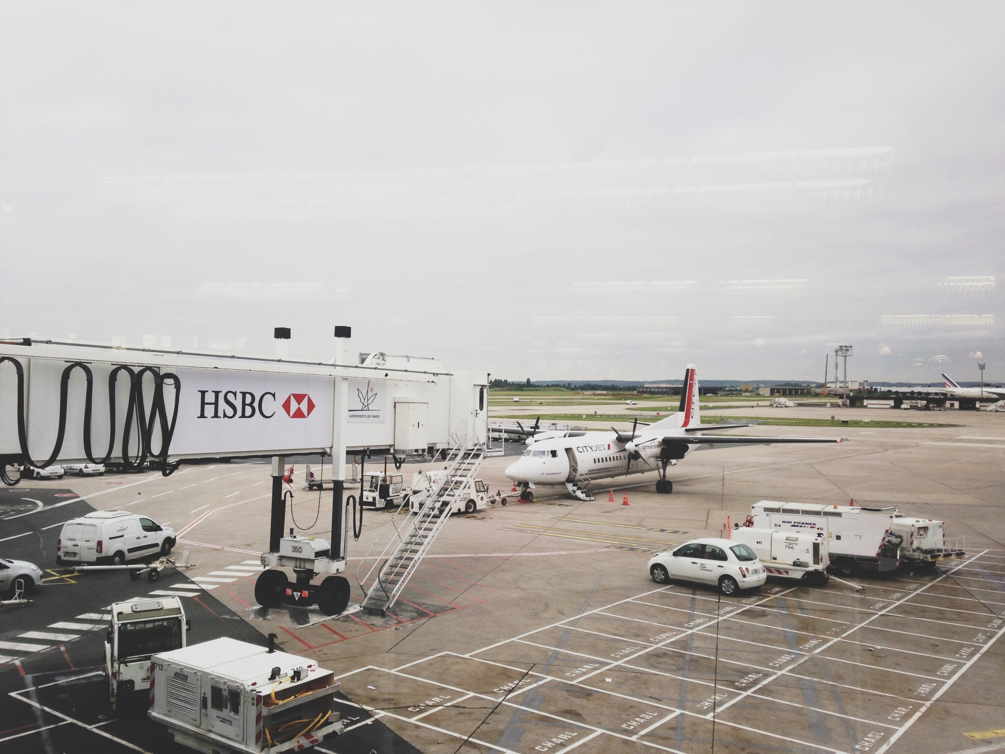 City-jet-airport-aeroport-orly-londres.jpg