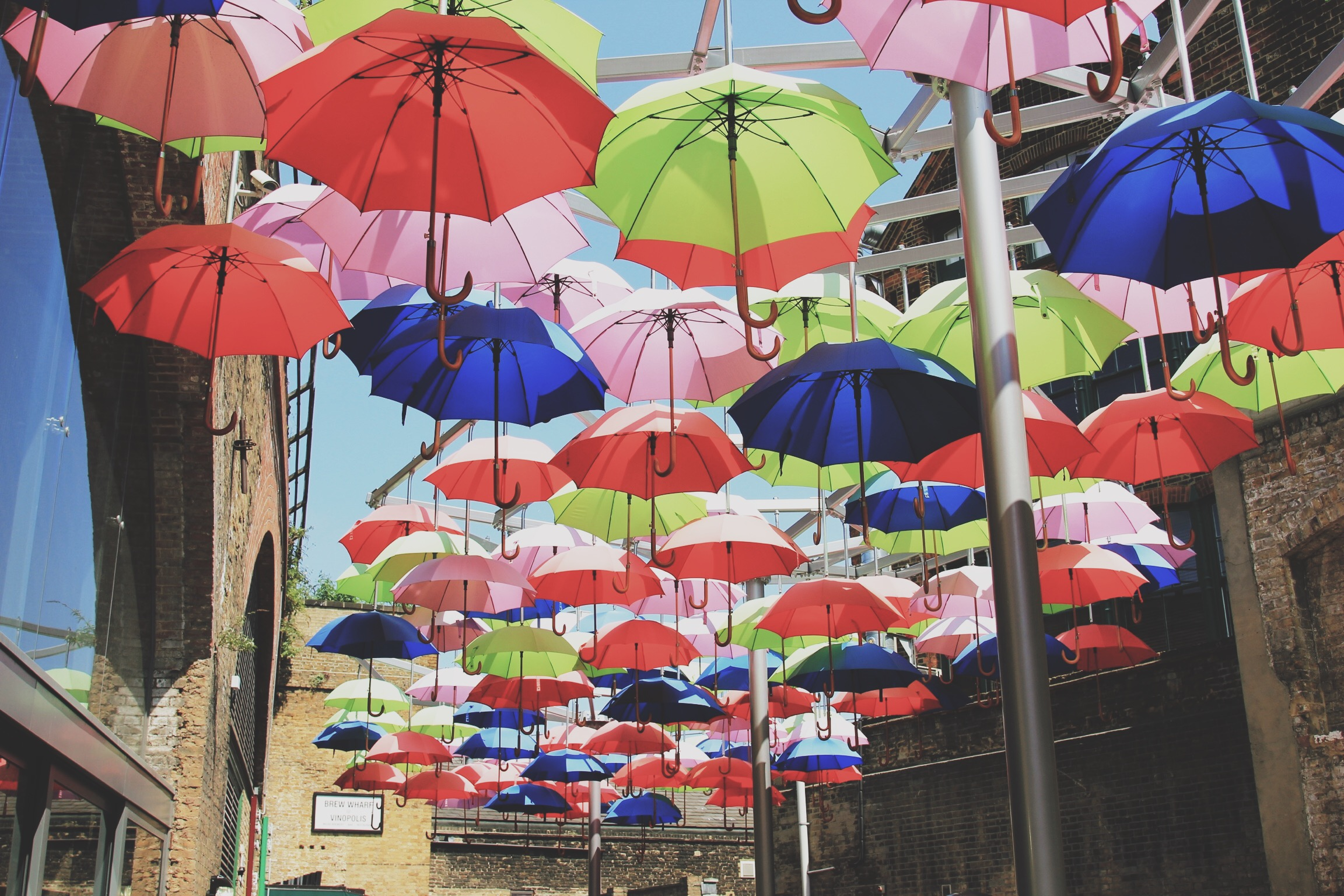 umbrellas-vinopolis-piazza-borough-market-blog.jpg