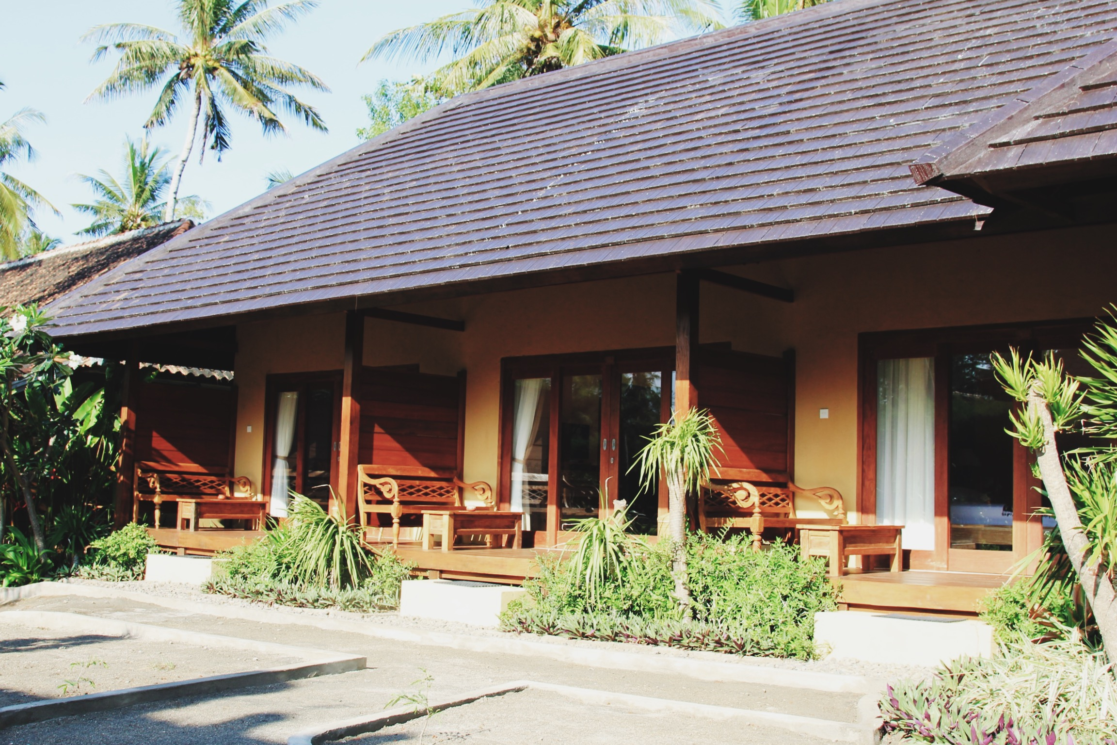 villa-karang-lombok-giliair.JPG