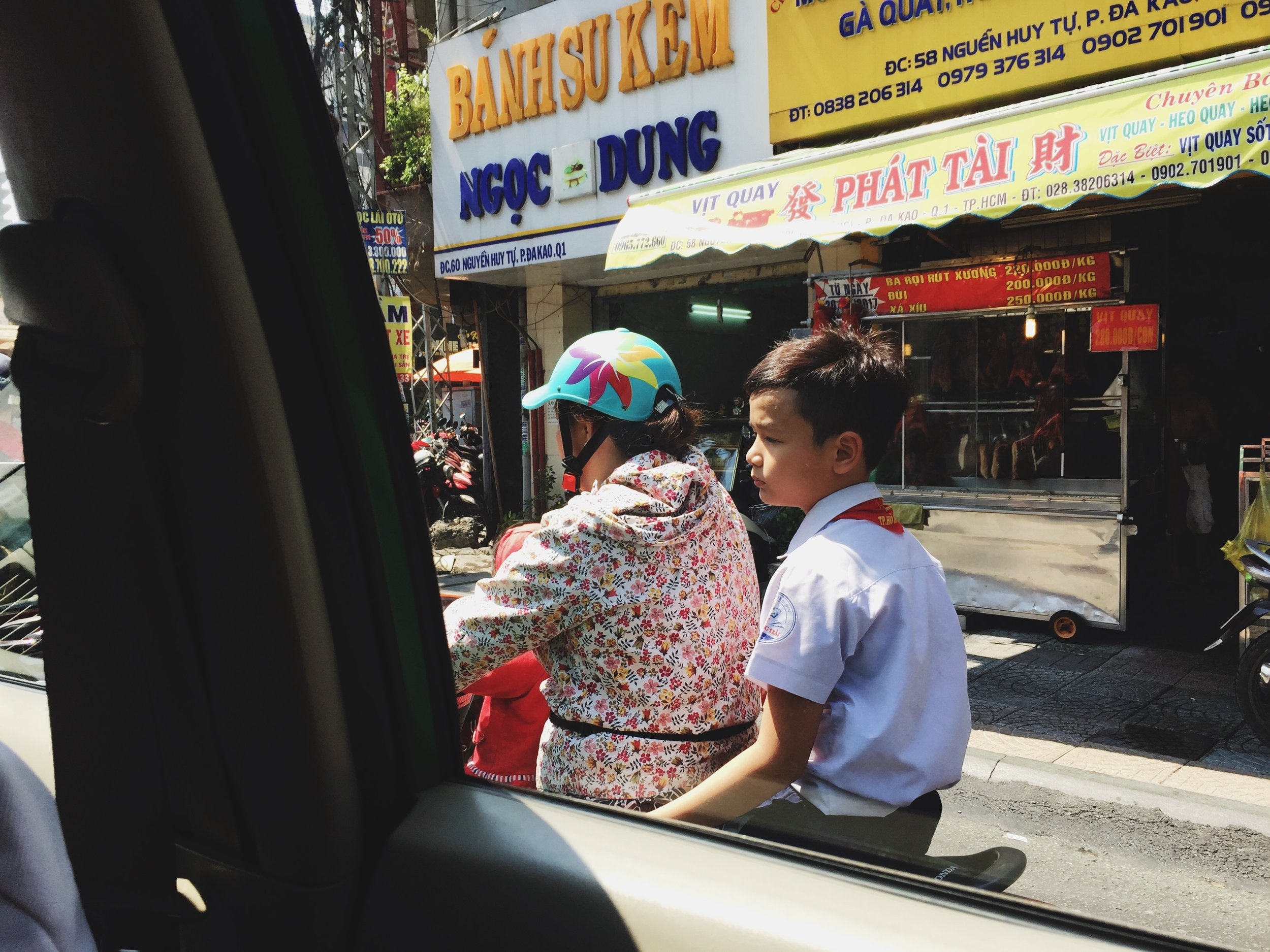 HCMC-scooter-voyage-vietnam.JPG
