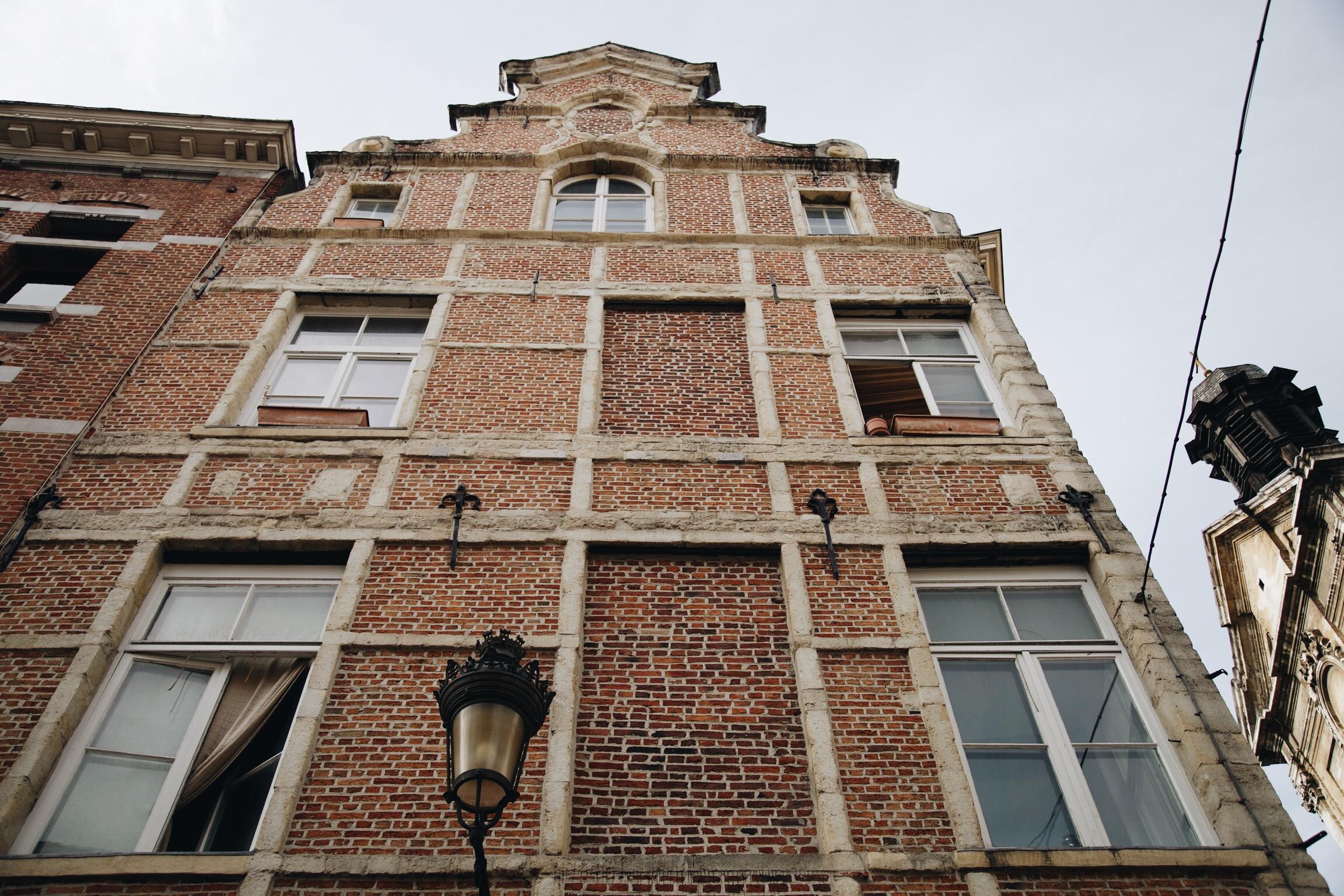 bruxelles-briques-belgique-voyage.JPG