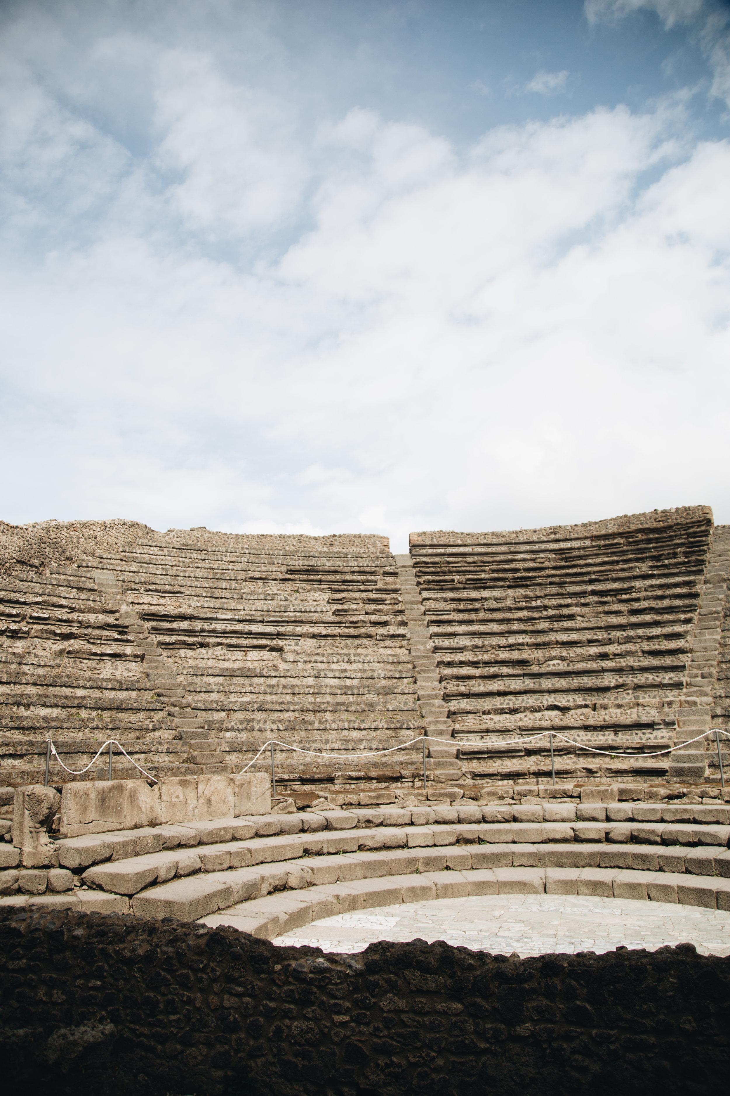 ODEON-petit-theatre-pompei-visiter-site-archeologique-blog.jpg