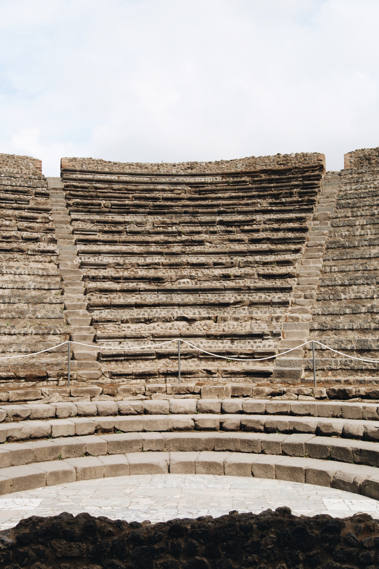 Odeon-petit-theatre-blog-voyage-onmyway.JPG