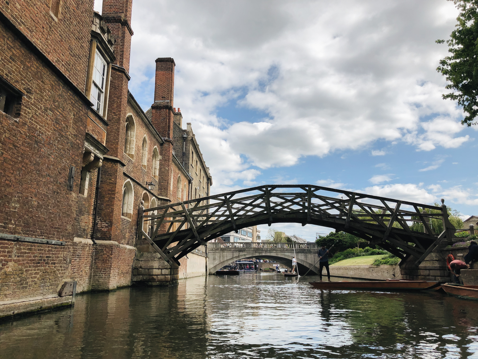 Punting-in-Cambridge-mathematical-bridge.jpg