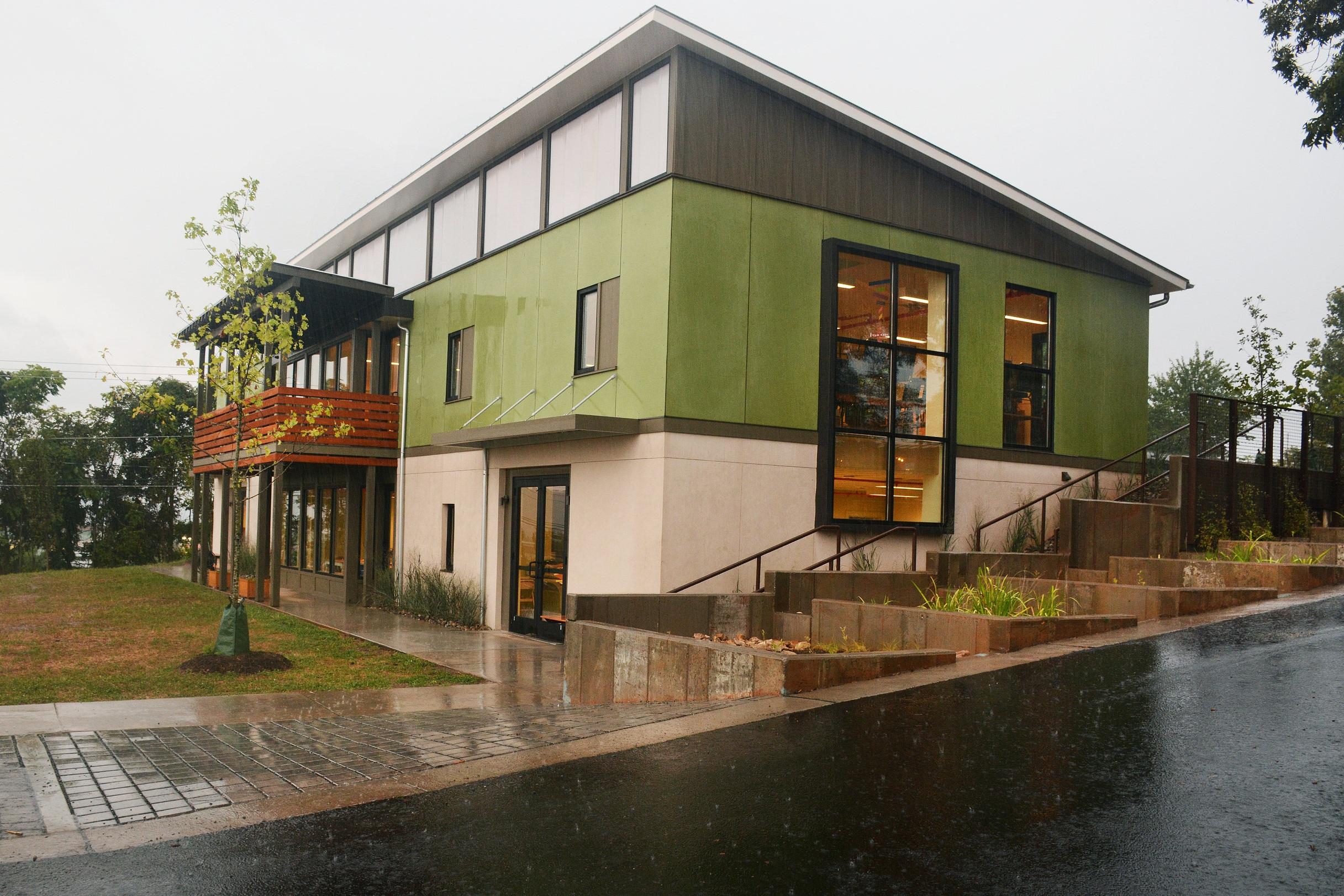 Mountaintop Montessori
