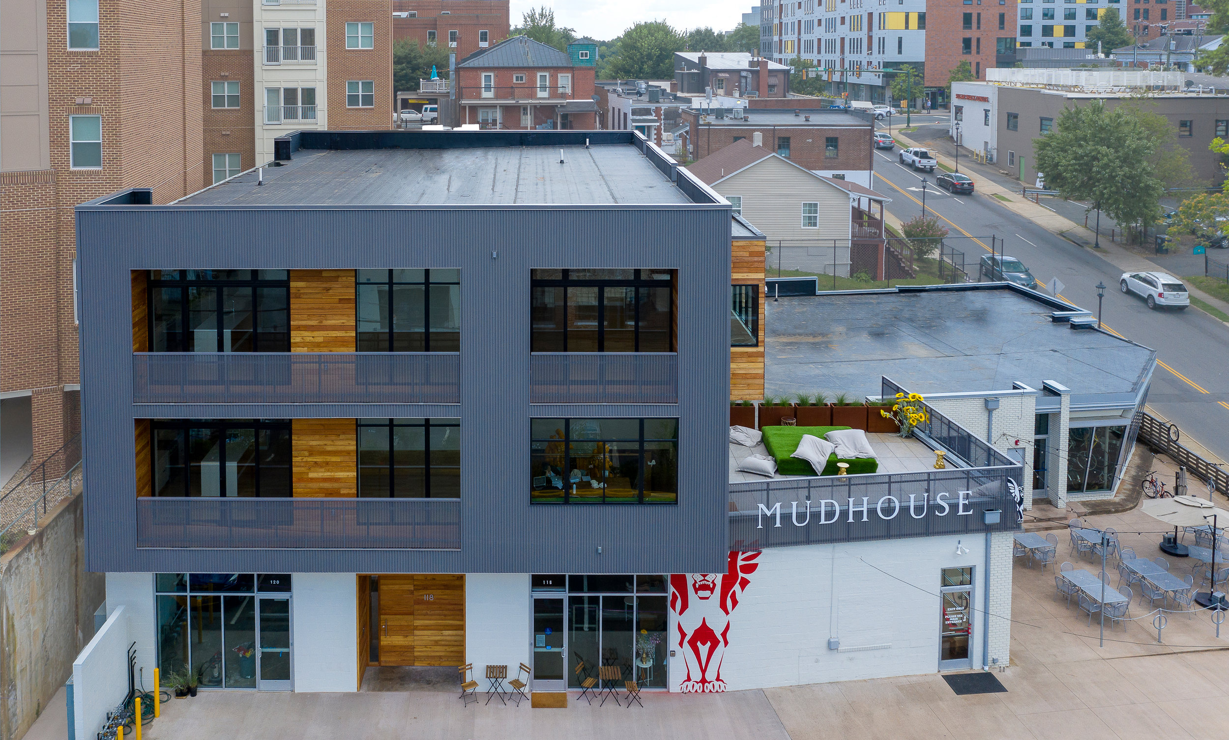 Peloton Apartments DRONE-9_edit_web.jpg
