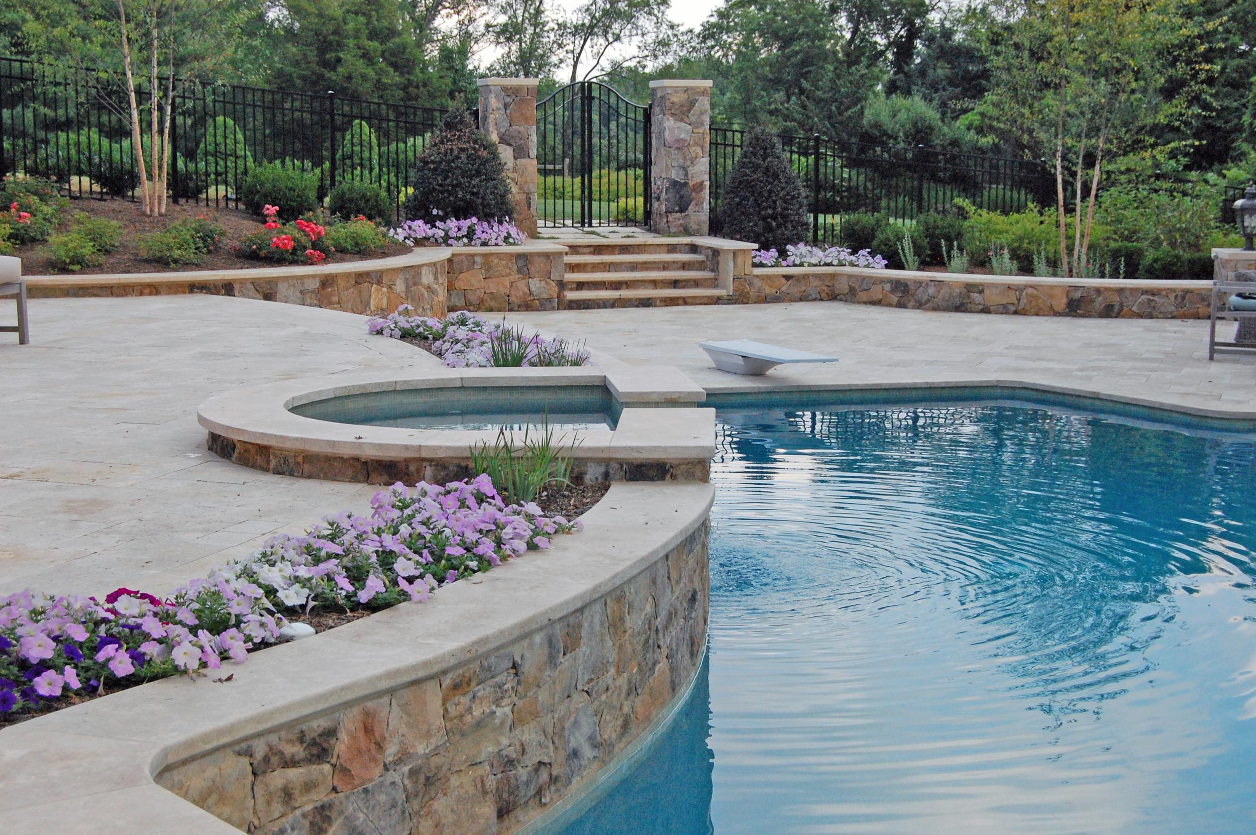 Oakton Residence Planter Pool Wall