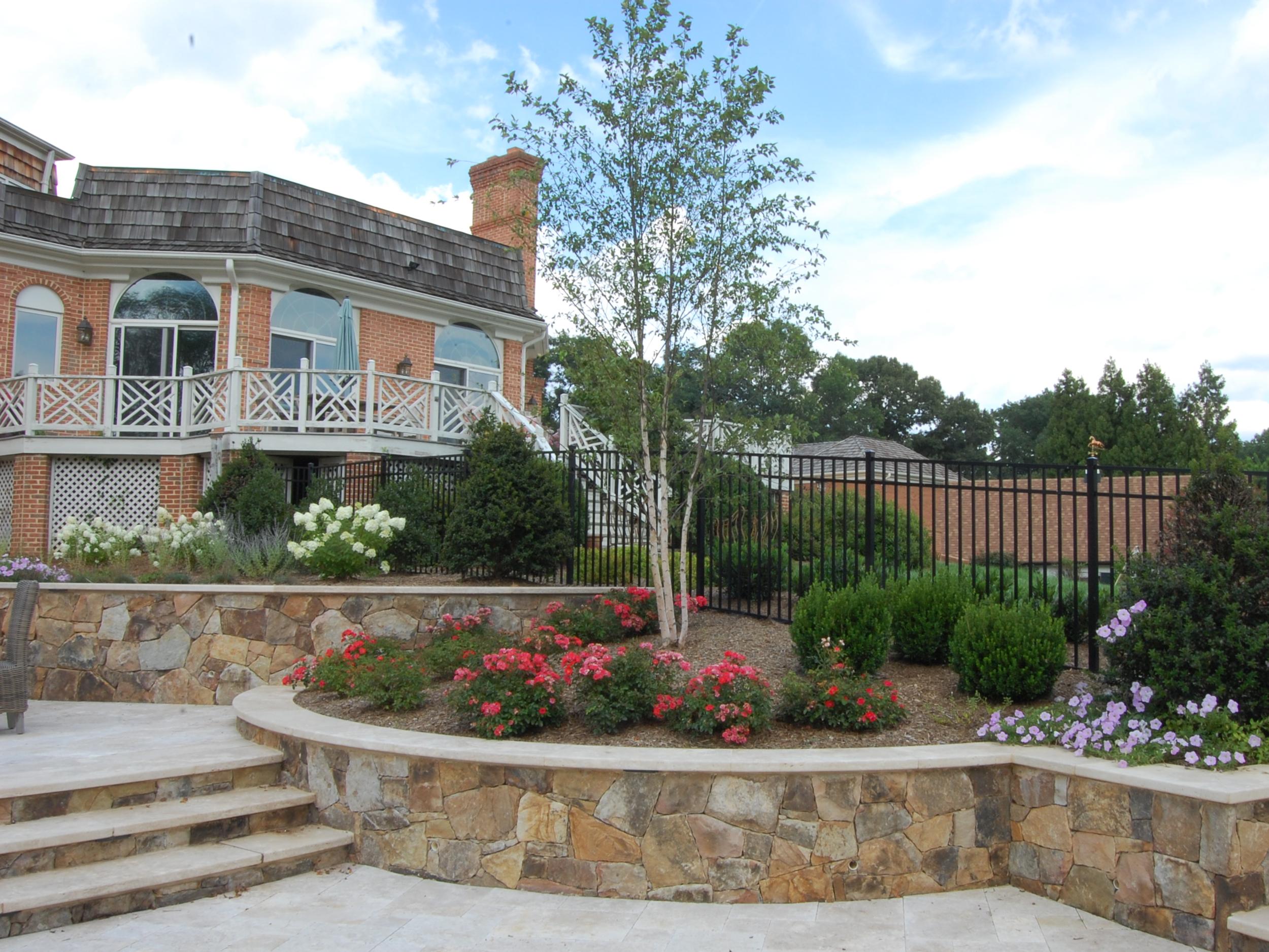 Oakton Residence Retaining Walls & Stairs