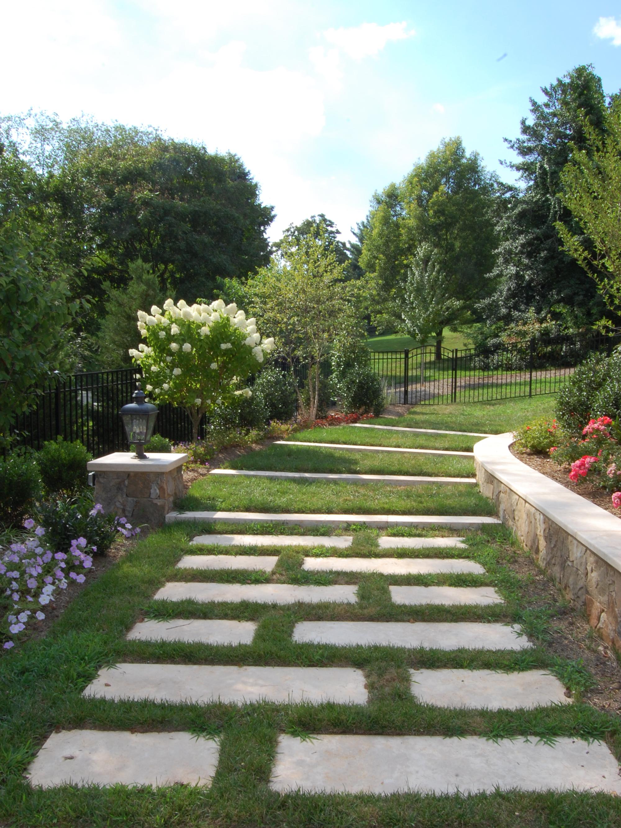 Oakton Residence Lawn Steps