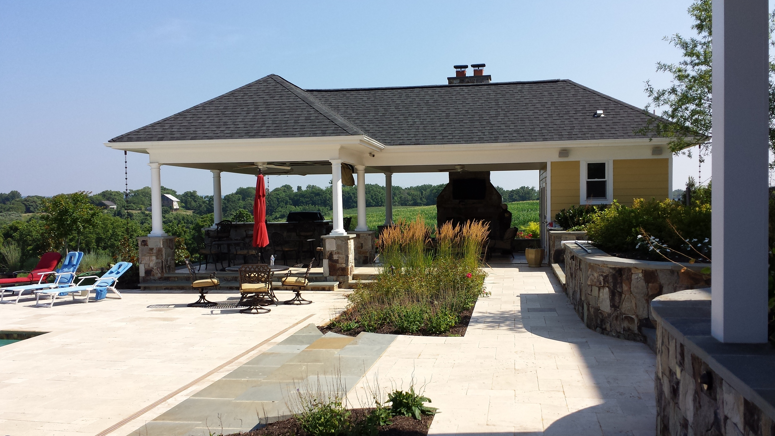 Aldie Residence Pool House & Plantings