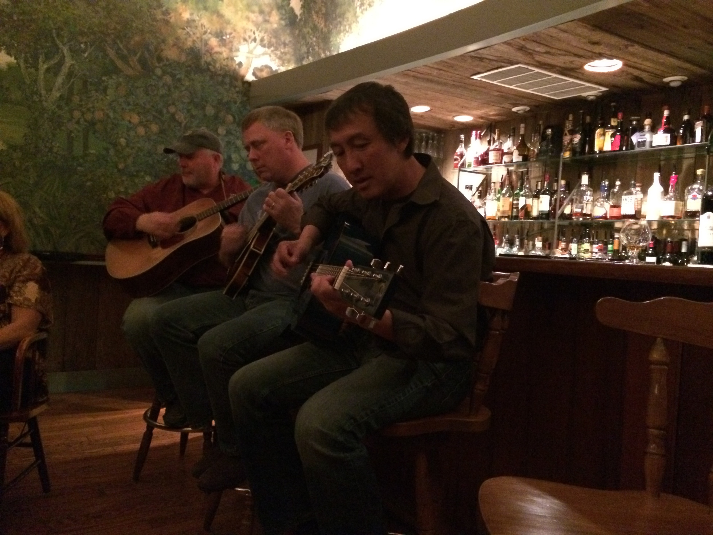 Rick Wilson (left) and Quang Ho (right) break out their guitars. I didn't meet the artist in the center, but he was a fantastic mandolin player!