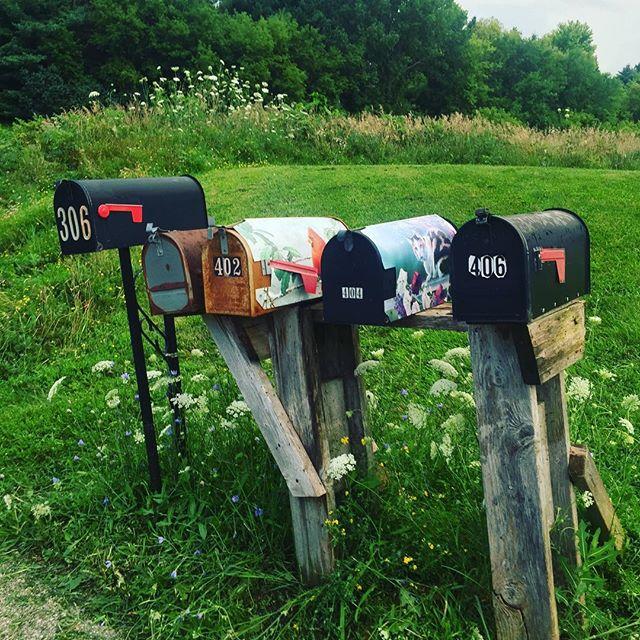 Highway 9, Decorah IA ⭐️⭐️⭐️⭐️#mailboxreview