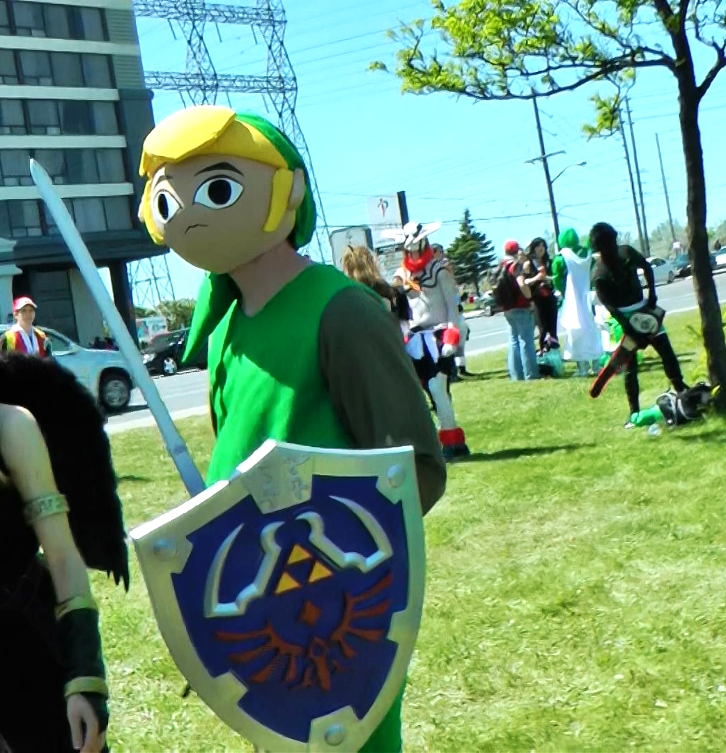 We saw a couple cosplayers who actually tried to keep the proportions true to the characters just like this Link from Cell Shaded Legend of Zelda.