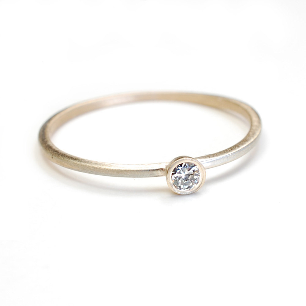 Thin Band with Stone
