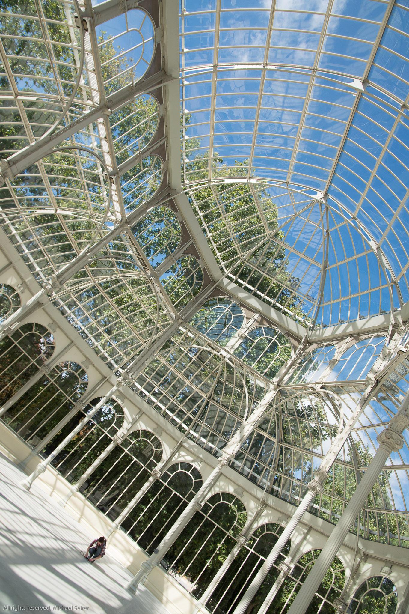 1. Out of cam Bild des Kristallpalastes in Madrid