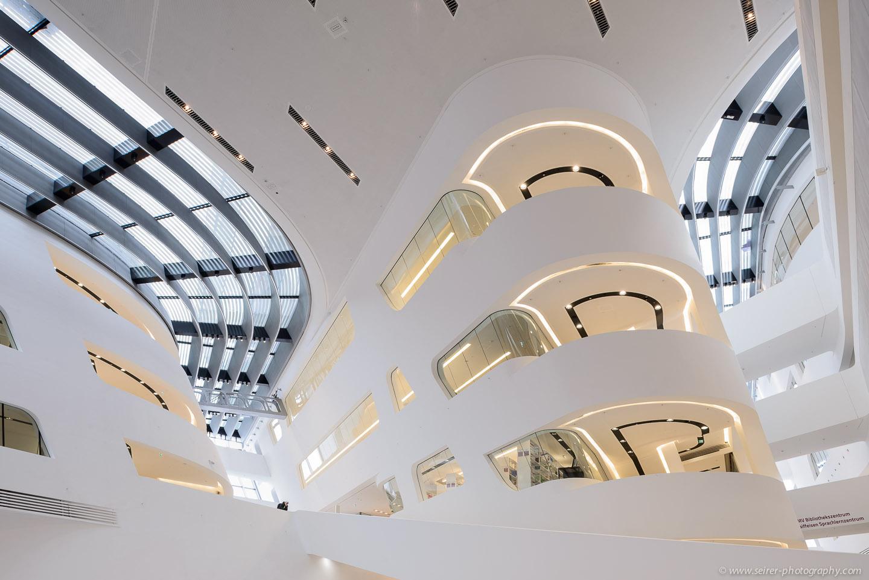 Library & Learning Center, WU Wien