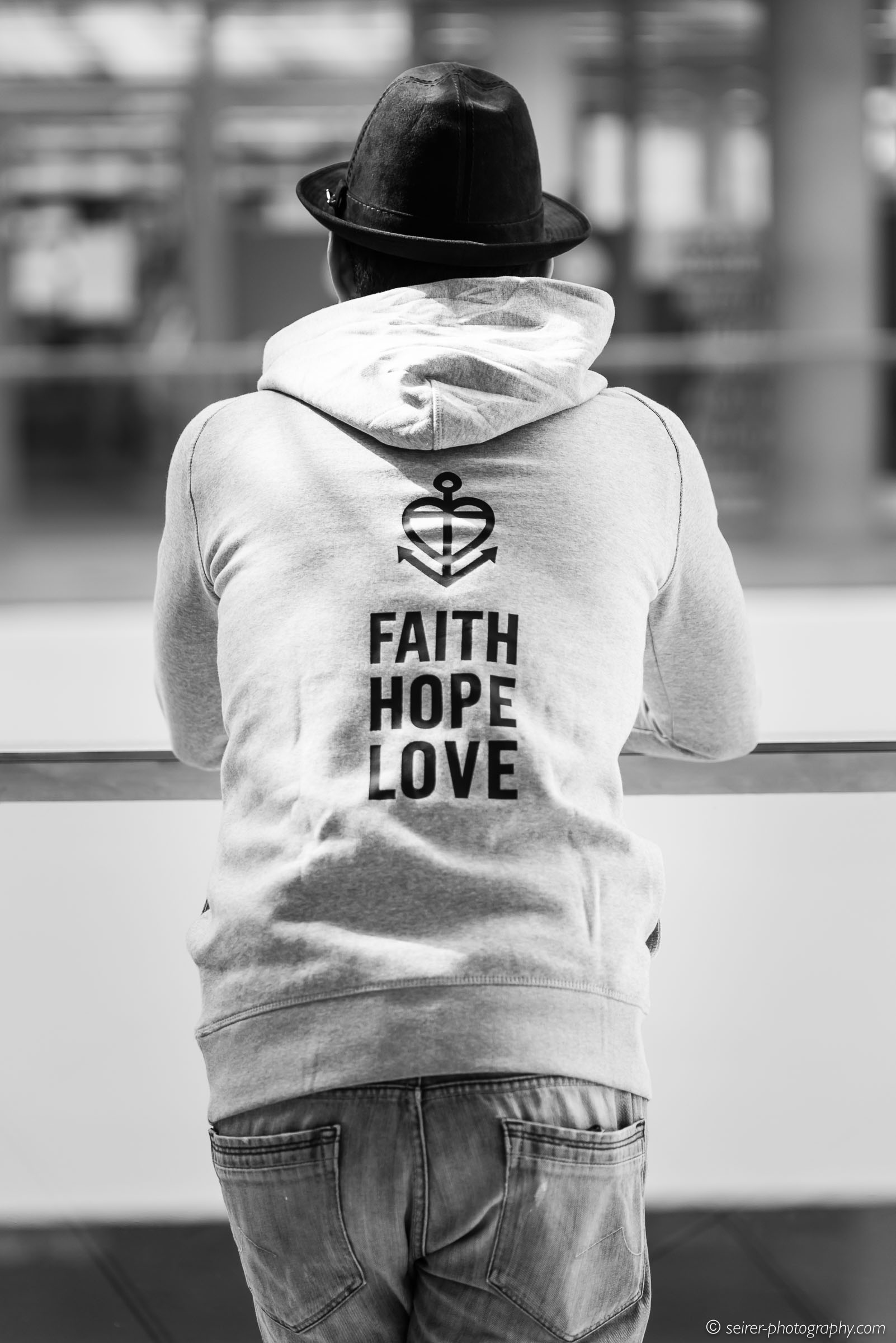 Issa für das Glaube - Liebe - Hoffnung Projekt