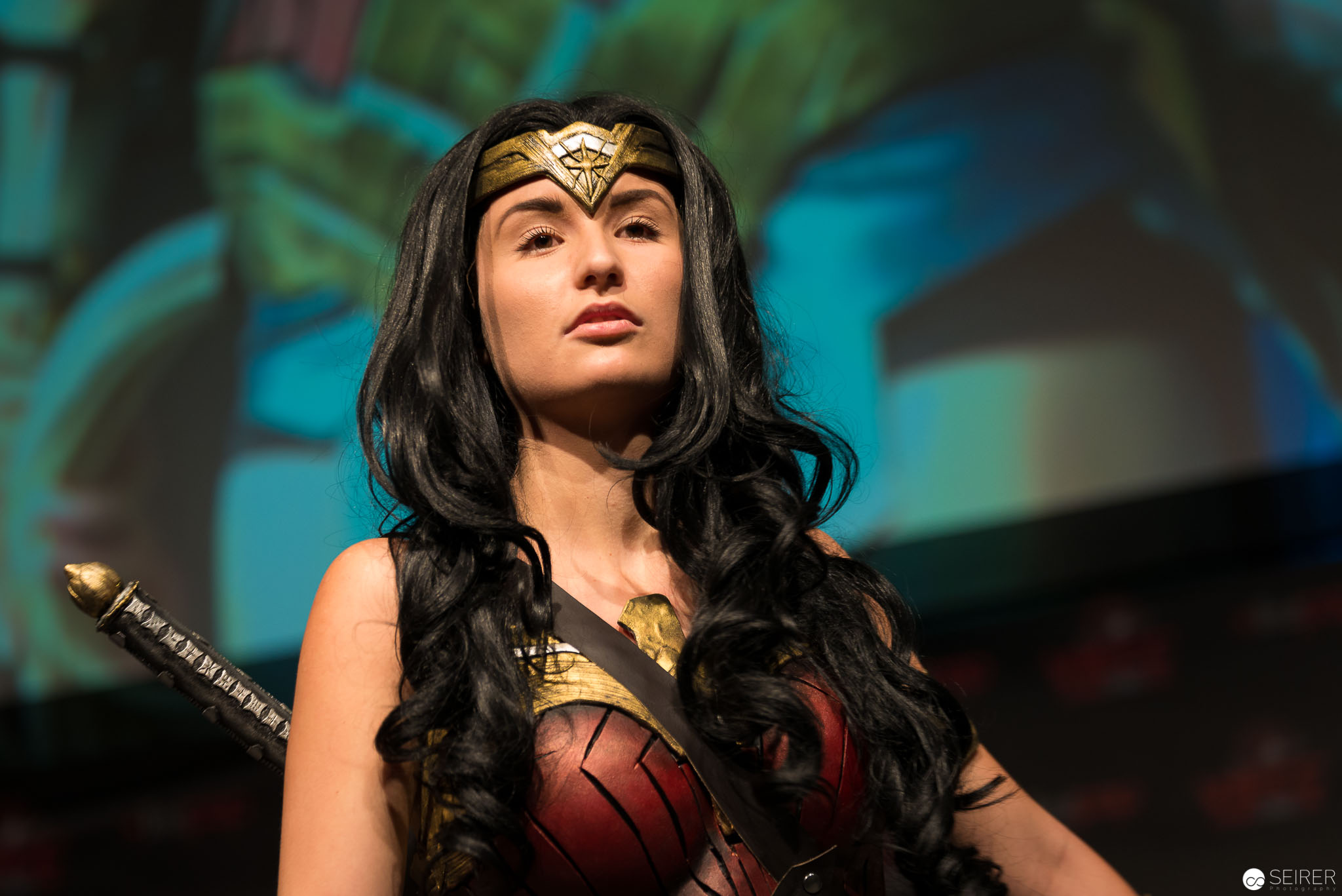 Wonder Woman from Batman vs Superman / Armor Cosplay: Miss Marvelous