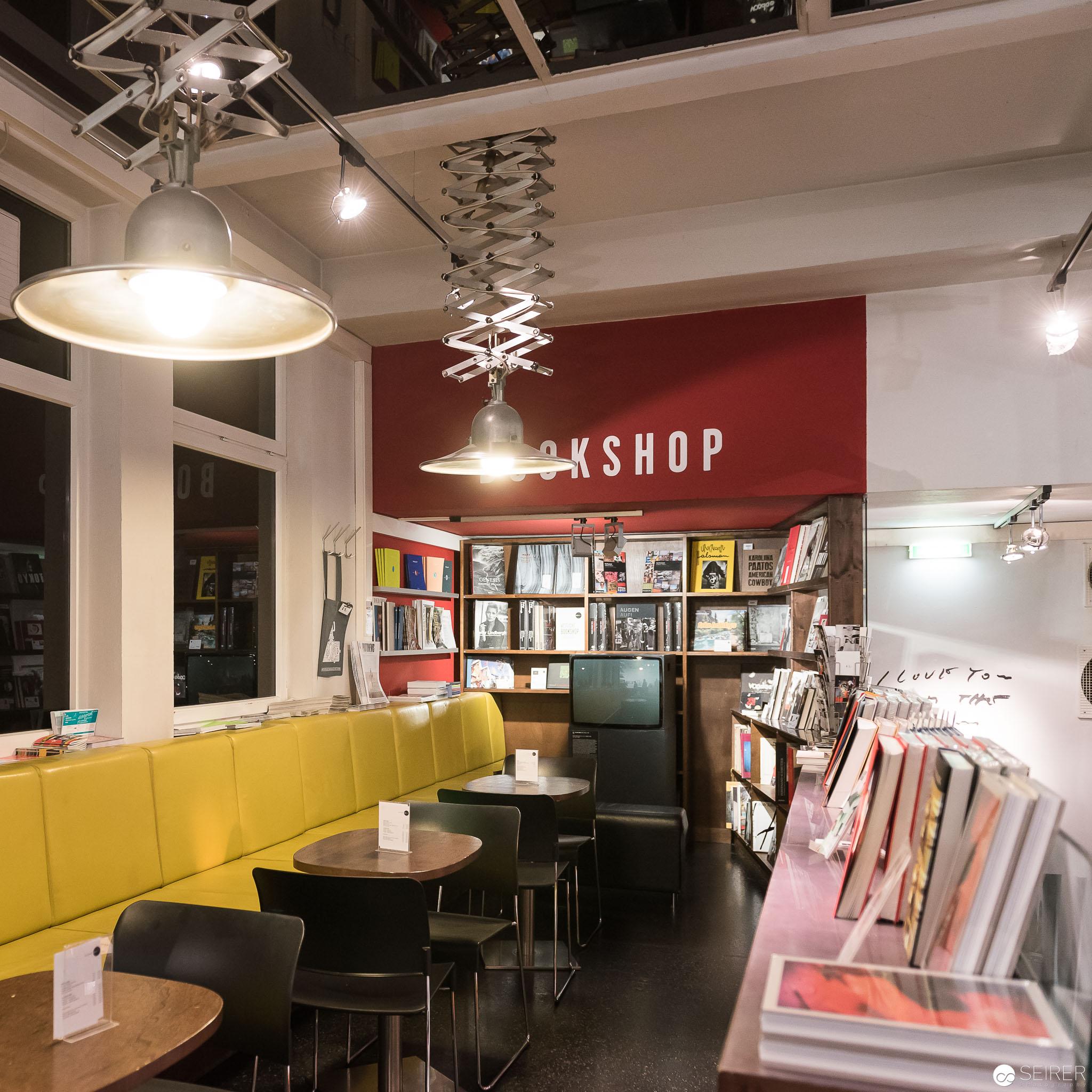 Bookstore im WestLicht