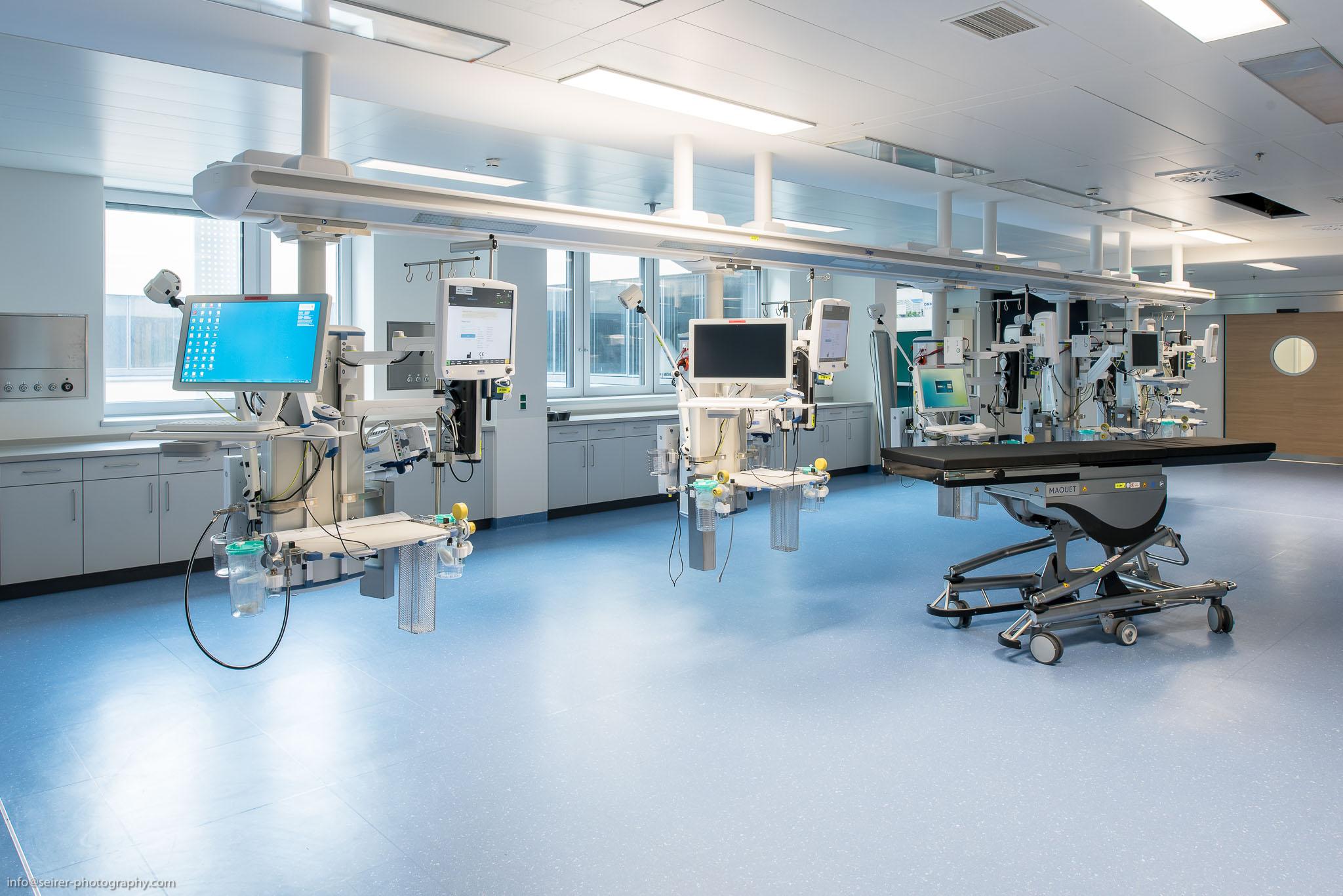 Intensivstation im Haus C - Universitätsklinik St. Pölten