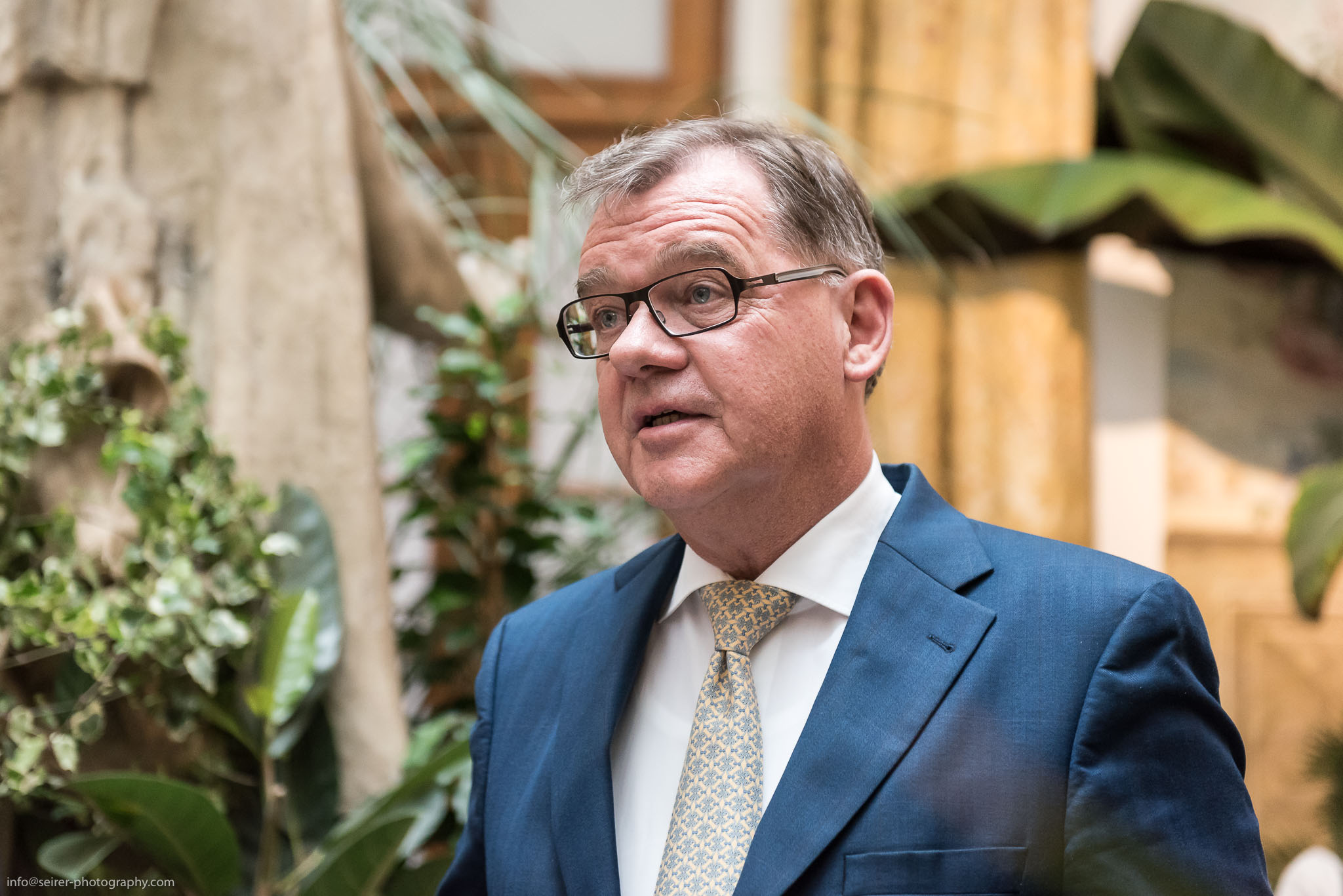 Andreas Augustin, Hotelhistoriker