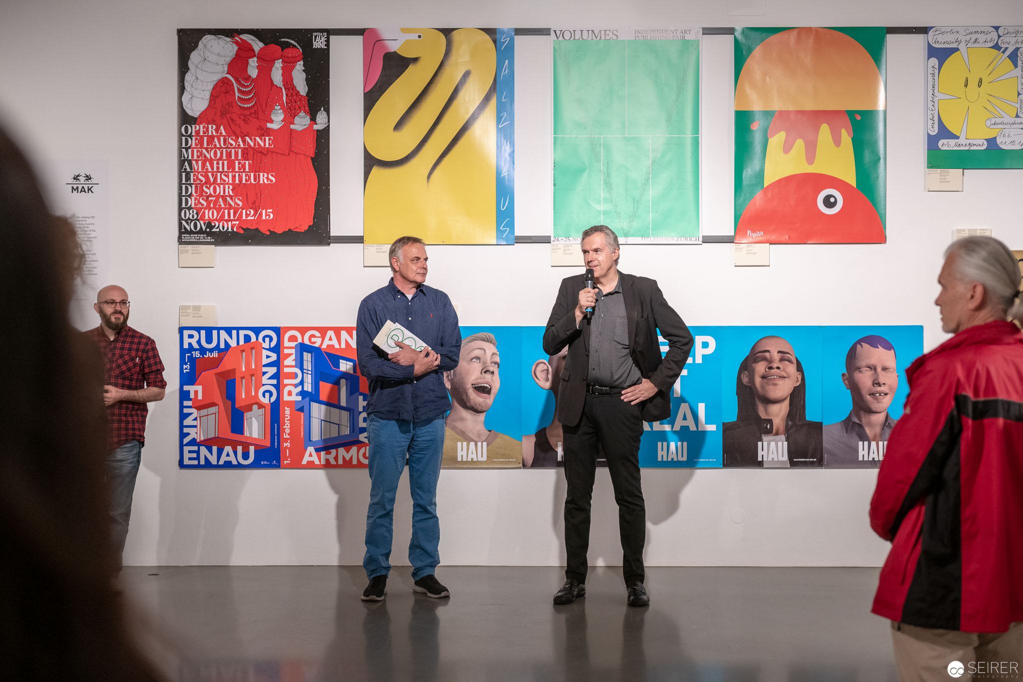 """Pressekonferenz Eröffnung """"100 BESTE PLAKATE 17"""" mit Christoph Thun-Hohenstein (re) und Peter Klinger (li)"""
