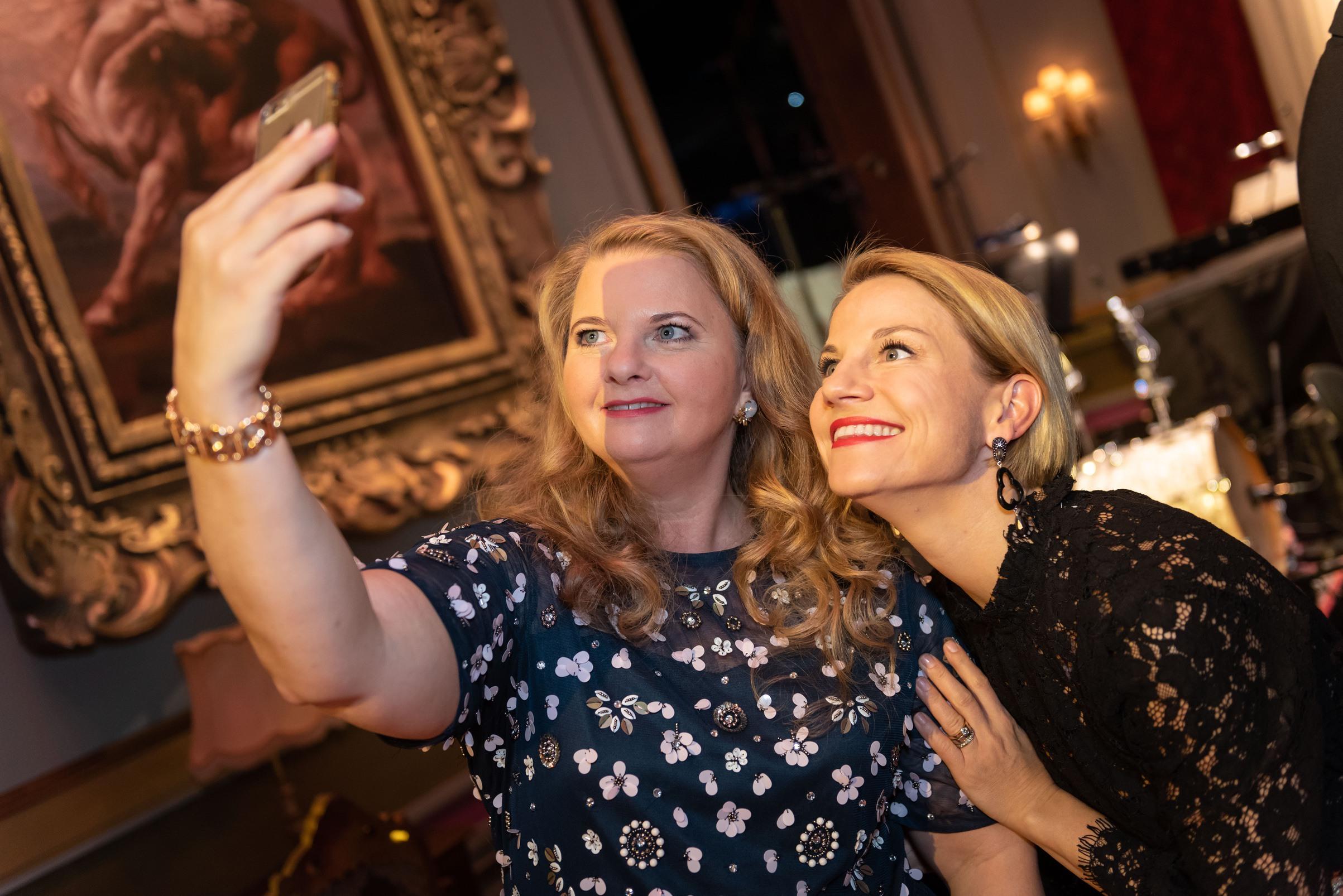 Ulrike Beimpold, Caroline Peters - Nestroy Verleihung 2018