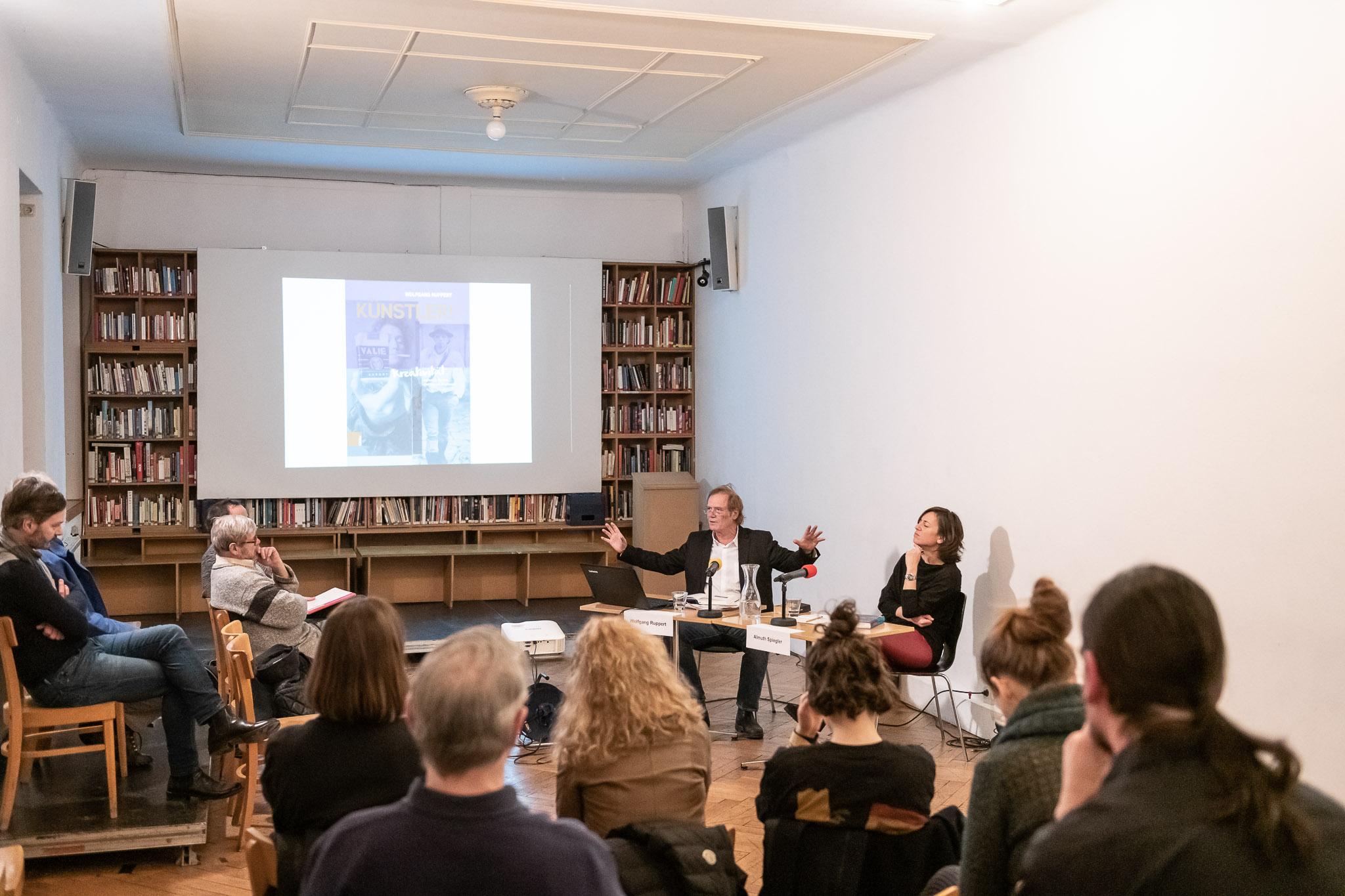 """Buchpräsentation """"Künstler!"""" von Wolfgang Ruppert, im Gespräch mit Almuth Spiegler"""