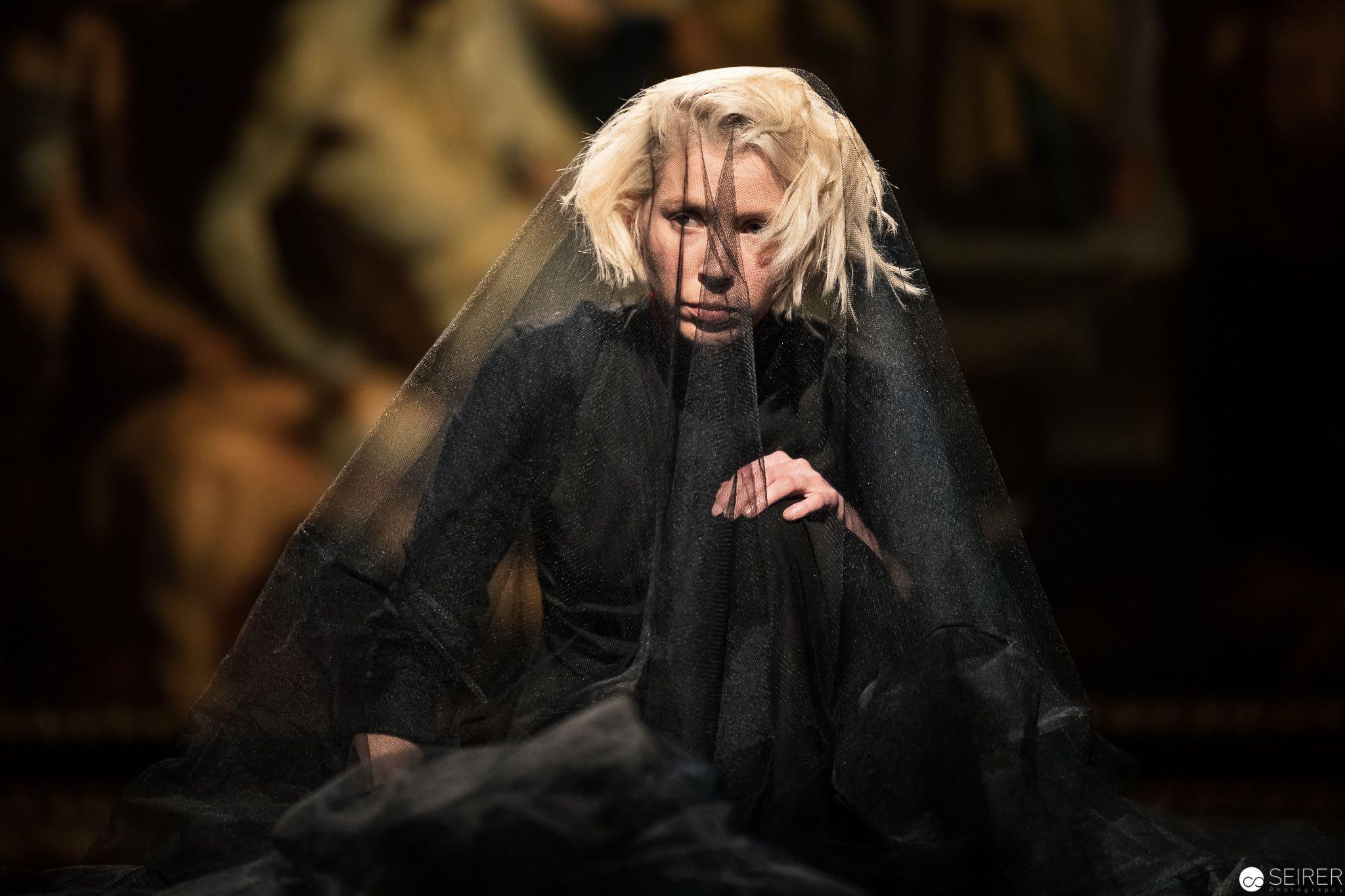 Remember Me, Nahum Tate / Henry Purcell über das Haupt der Medusa von Peter Paul Rubens, es spielt Mira Lu Kovacs