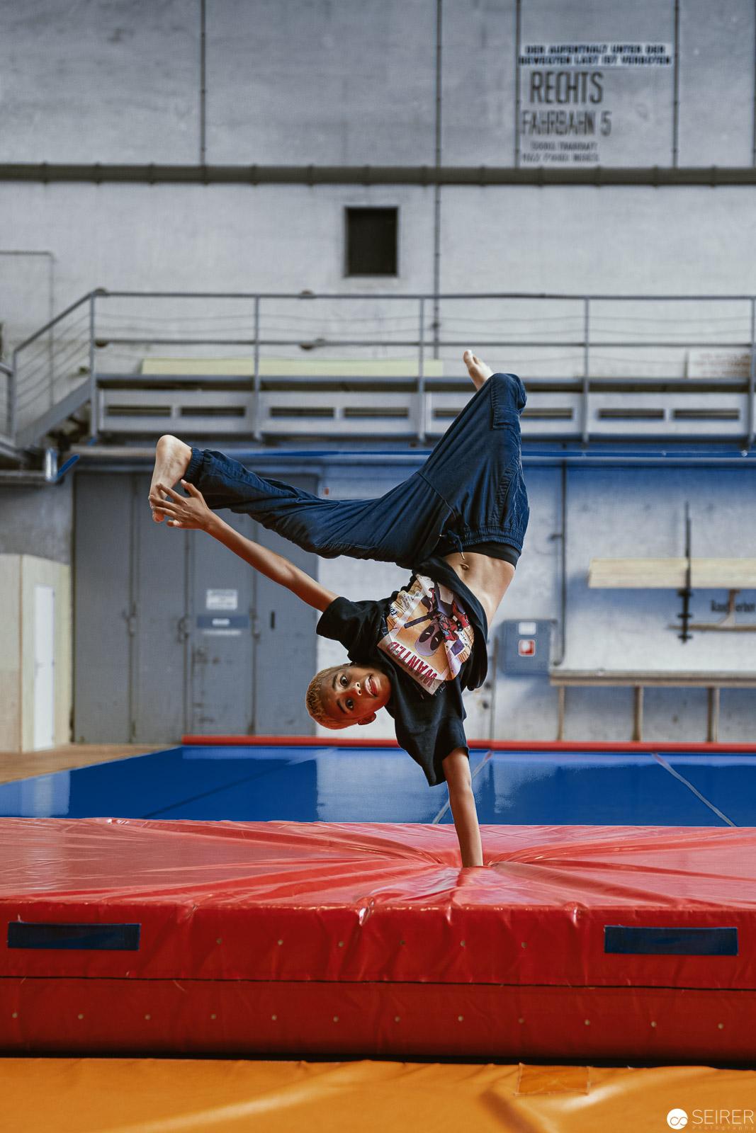 Tänzer Shan beim Trainieren (und Posen…)