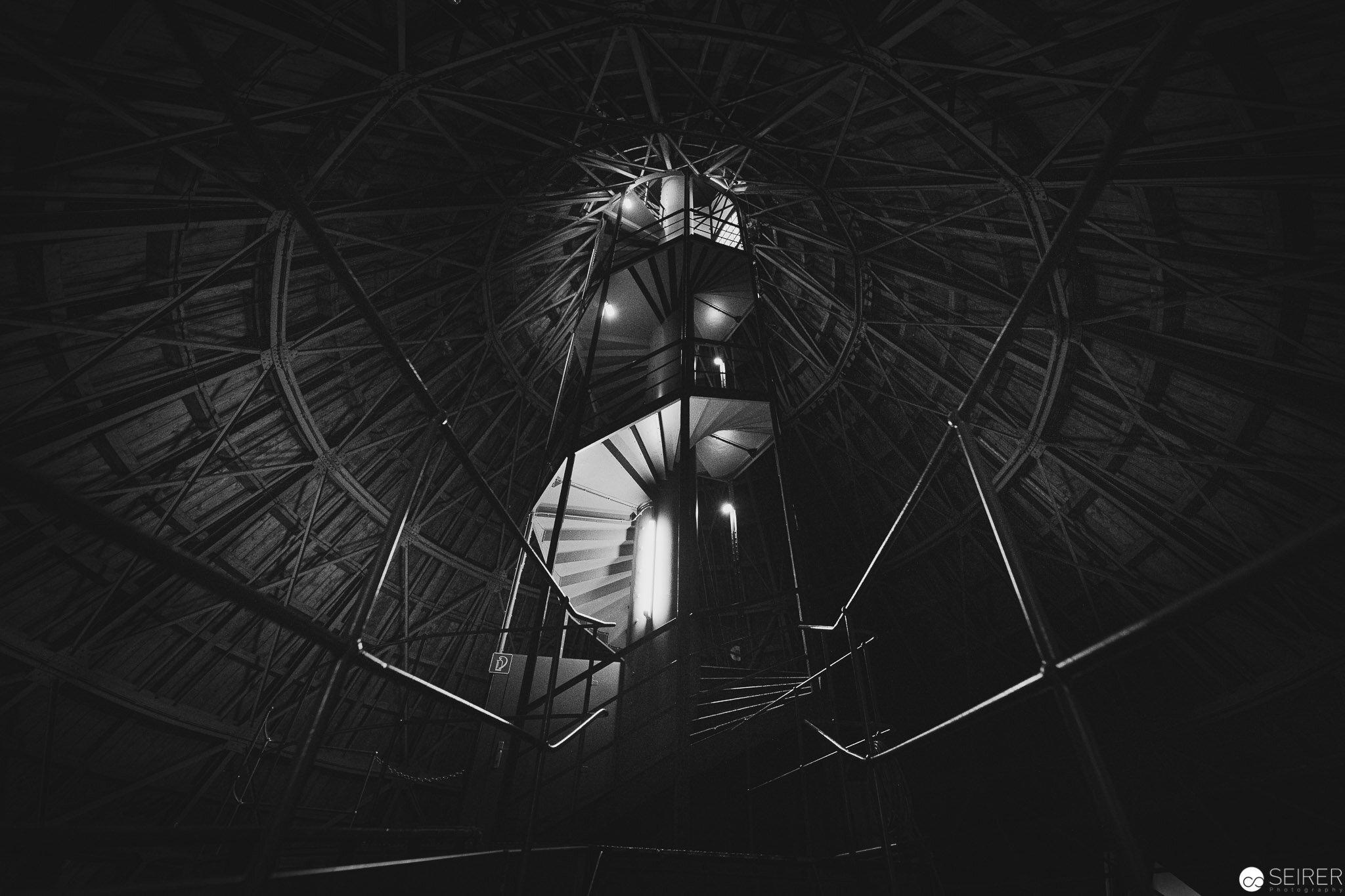 Unter dem Dach des Wasserturms - eine wirklich beeindruckende Struktur - Wasserturm Favoriten