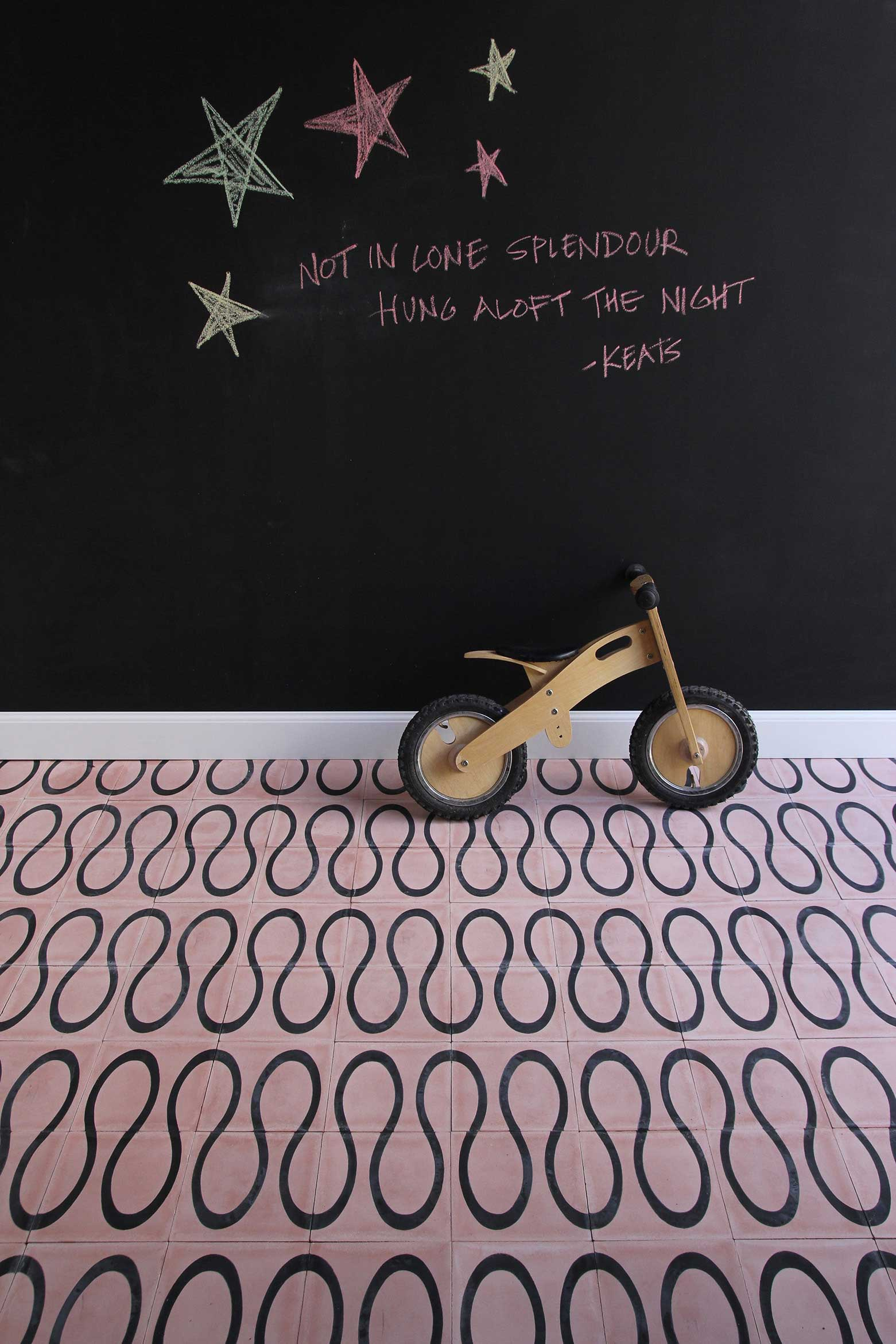scribble-petal-kohl-floor.jpg