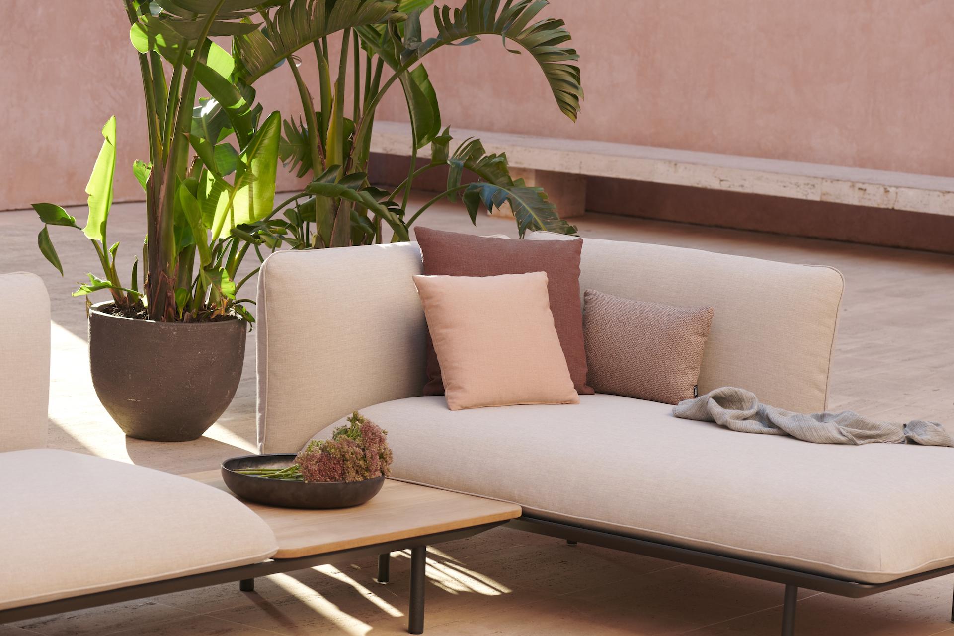 Endlose Möglichkeiten mit dem modularen Senja-Sofa von Tribù