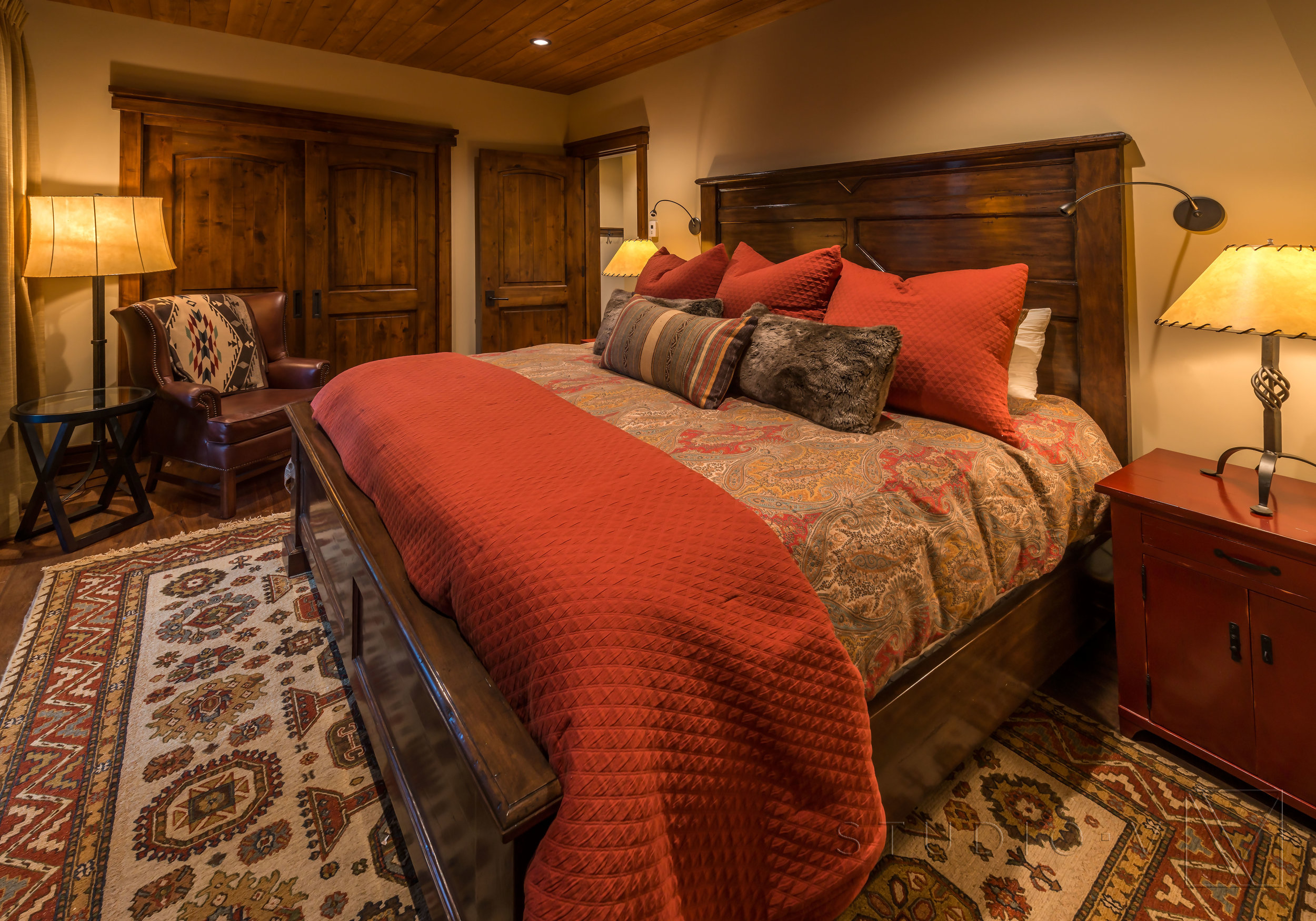 Lodge Cabin Tahoe Truckee Martis Camp CA California Traditional Studio V Interior Architecture Design Scottsdale Arizona AZ (22).jpg
