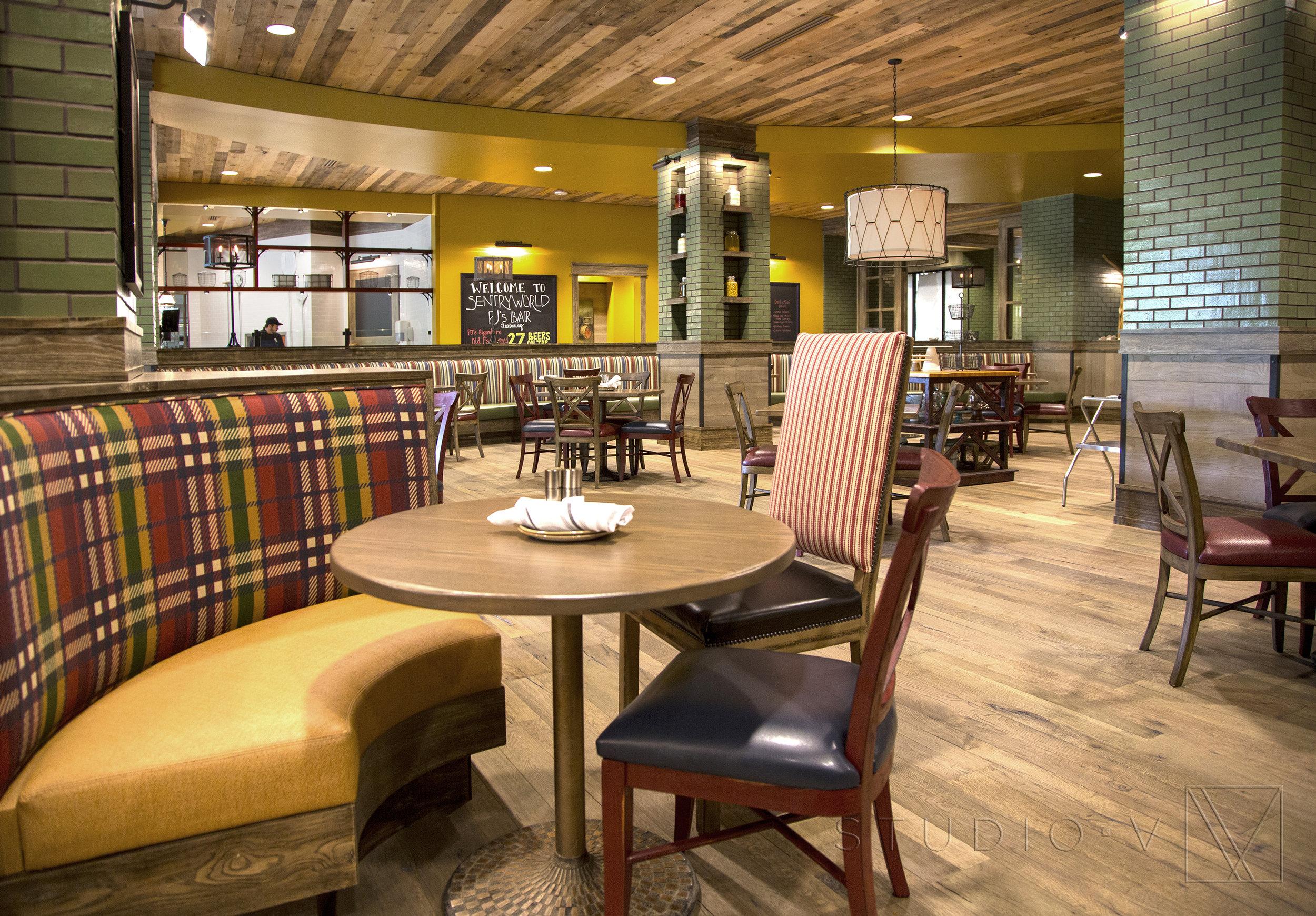 16_Restaurant_2.jpg