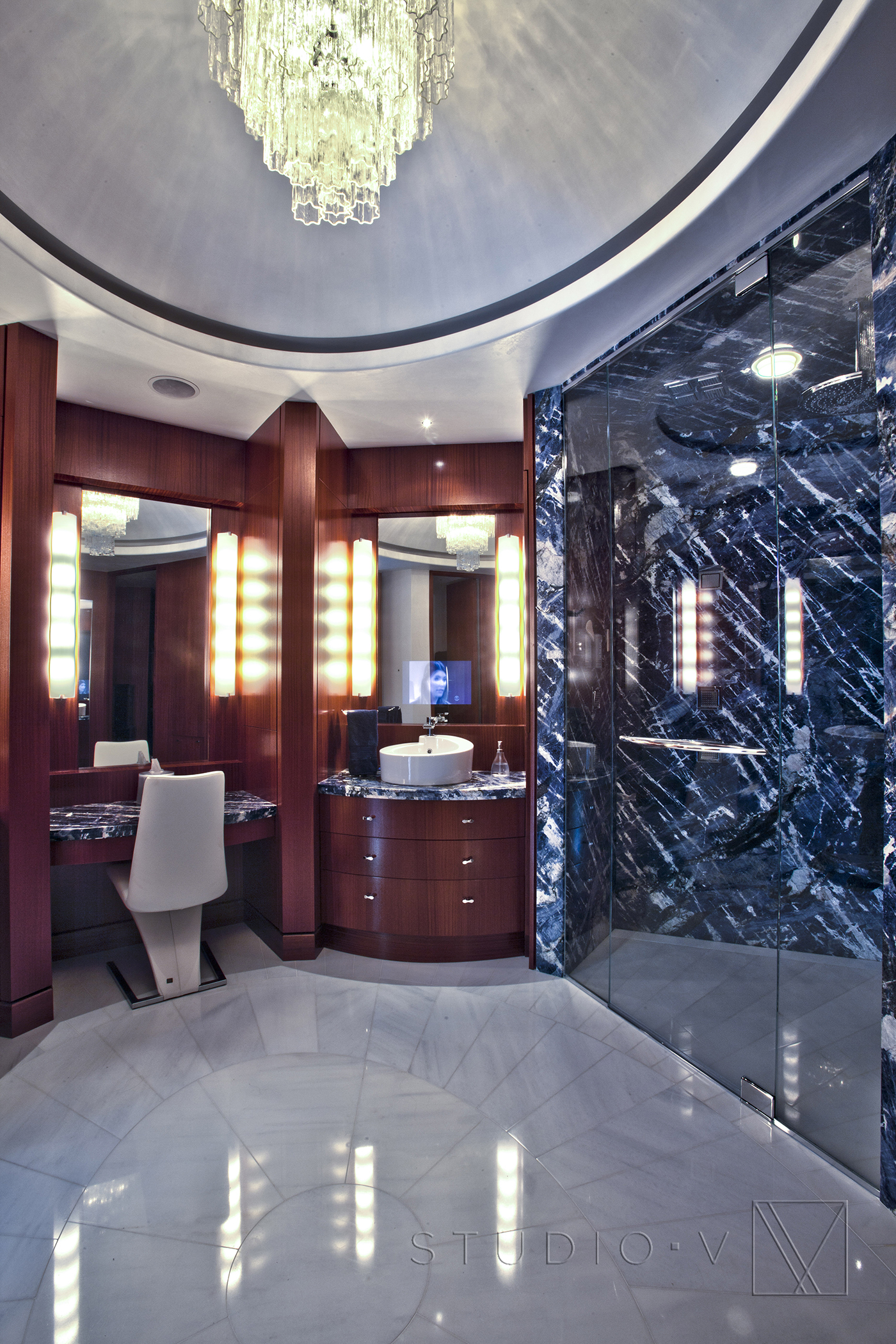 11_Master Bathroom Studio V Interiors Scottsdale AZ Greenwich CT.jpg