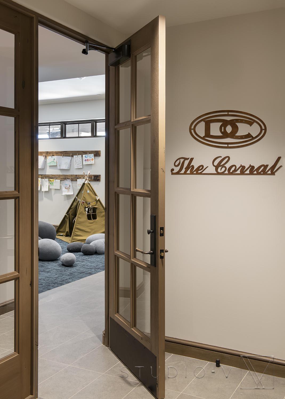 Corral 2.jpg